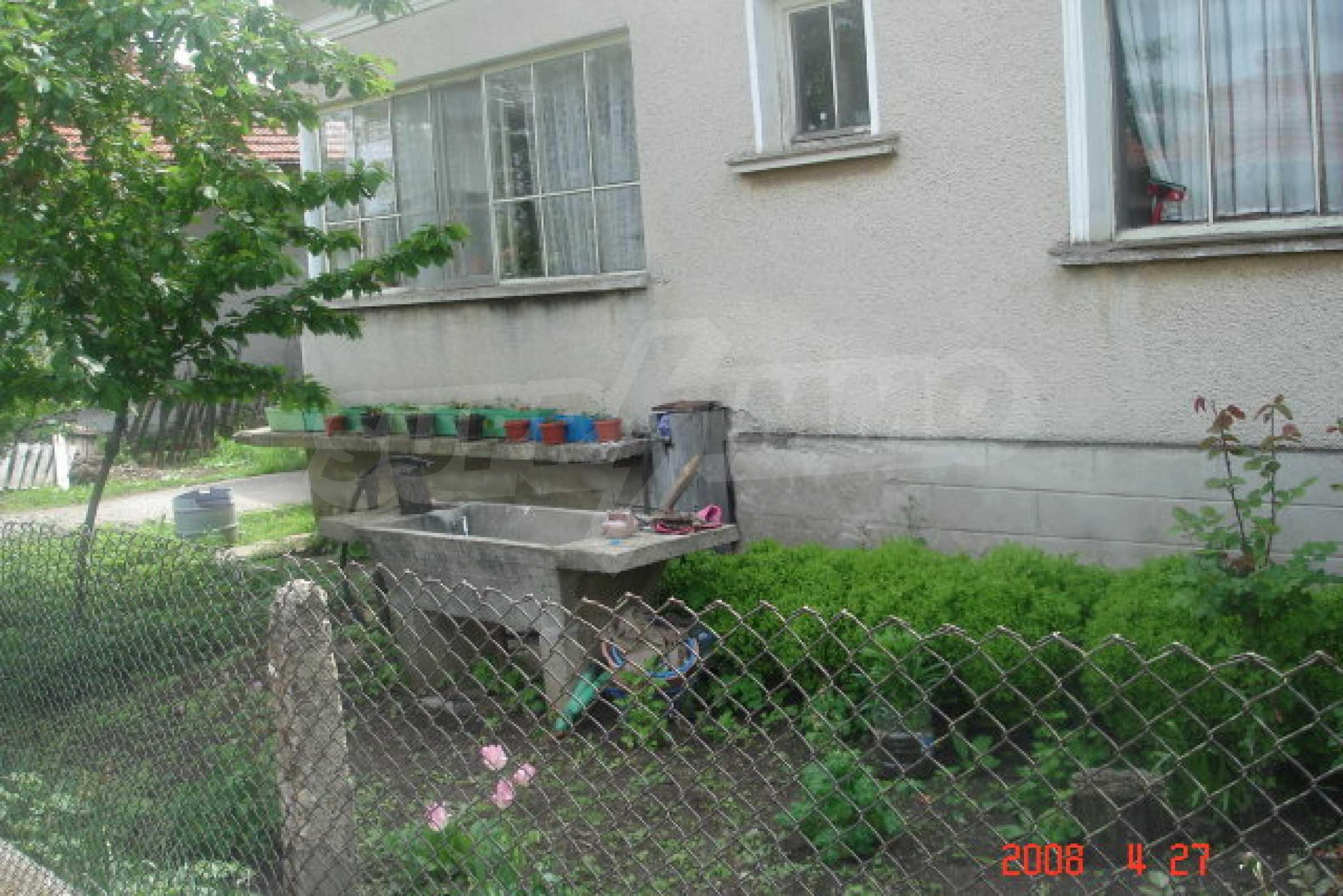 Къща в голямо село на 10 км от гр. Белоградчик 15
