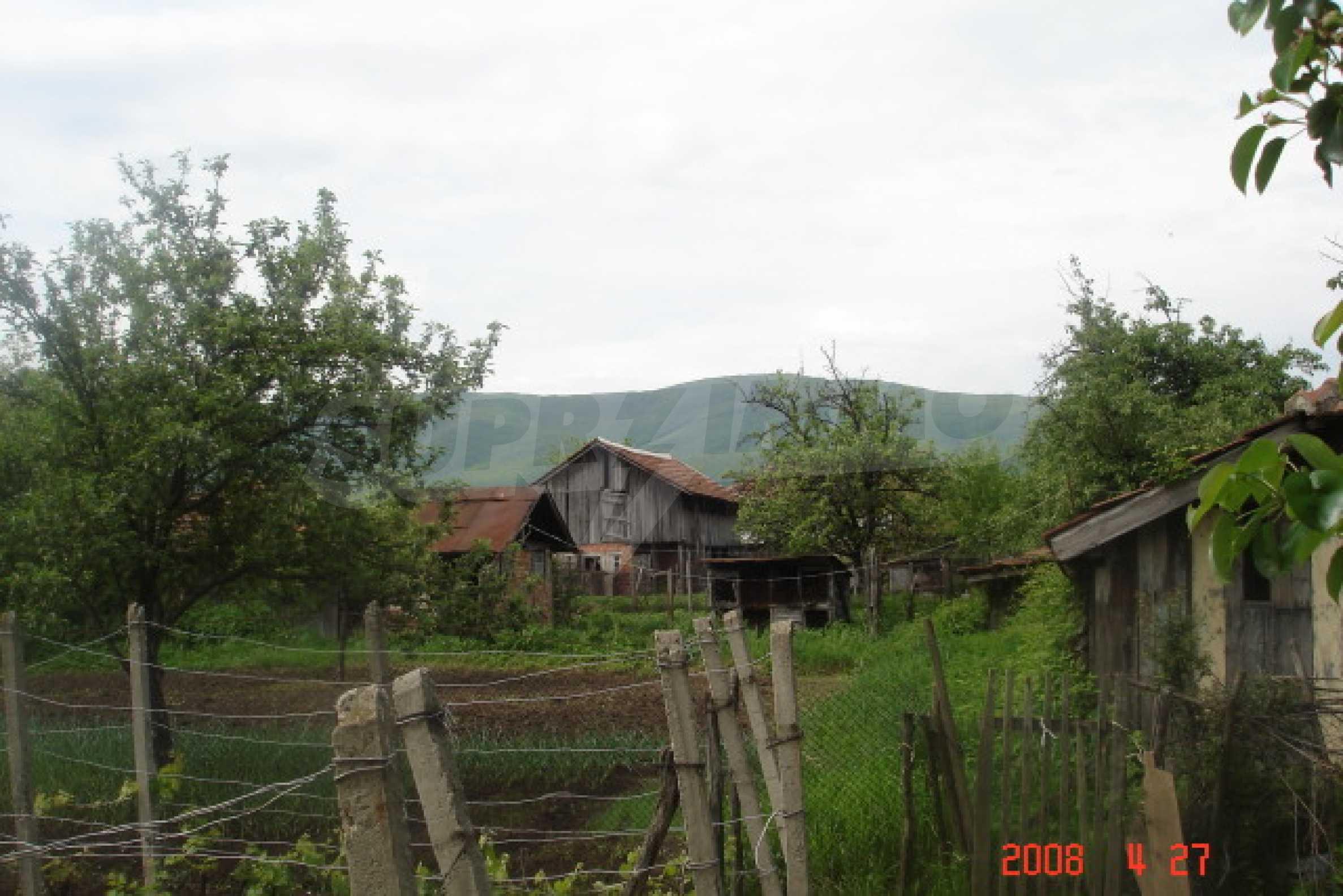 Къща в голямо село на 10 км от гр. Белоградчик 21