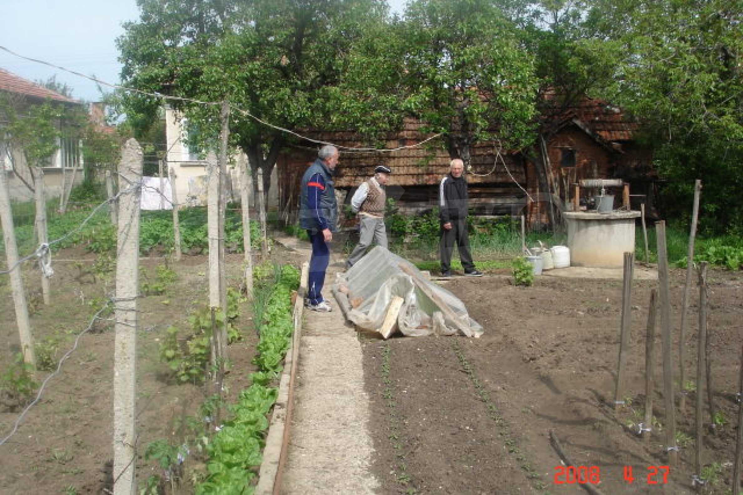 Къща в голямо село на 10 км от гр. Белоградчик 23
