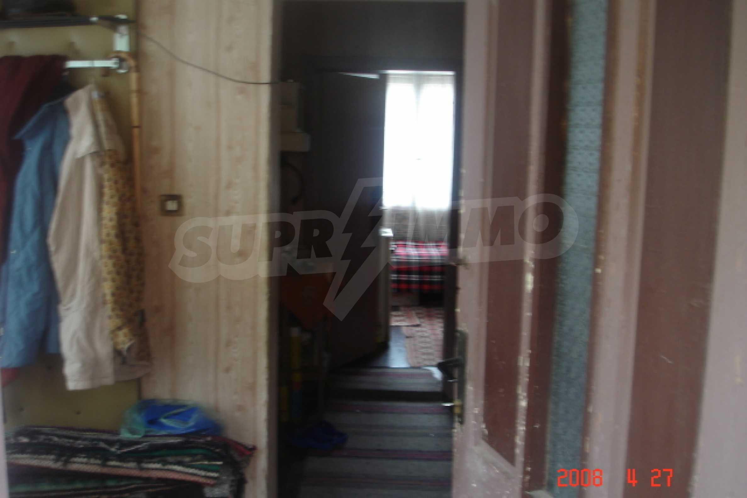 Къща в голямо село на 10 км от гр. Белоградчик 4