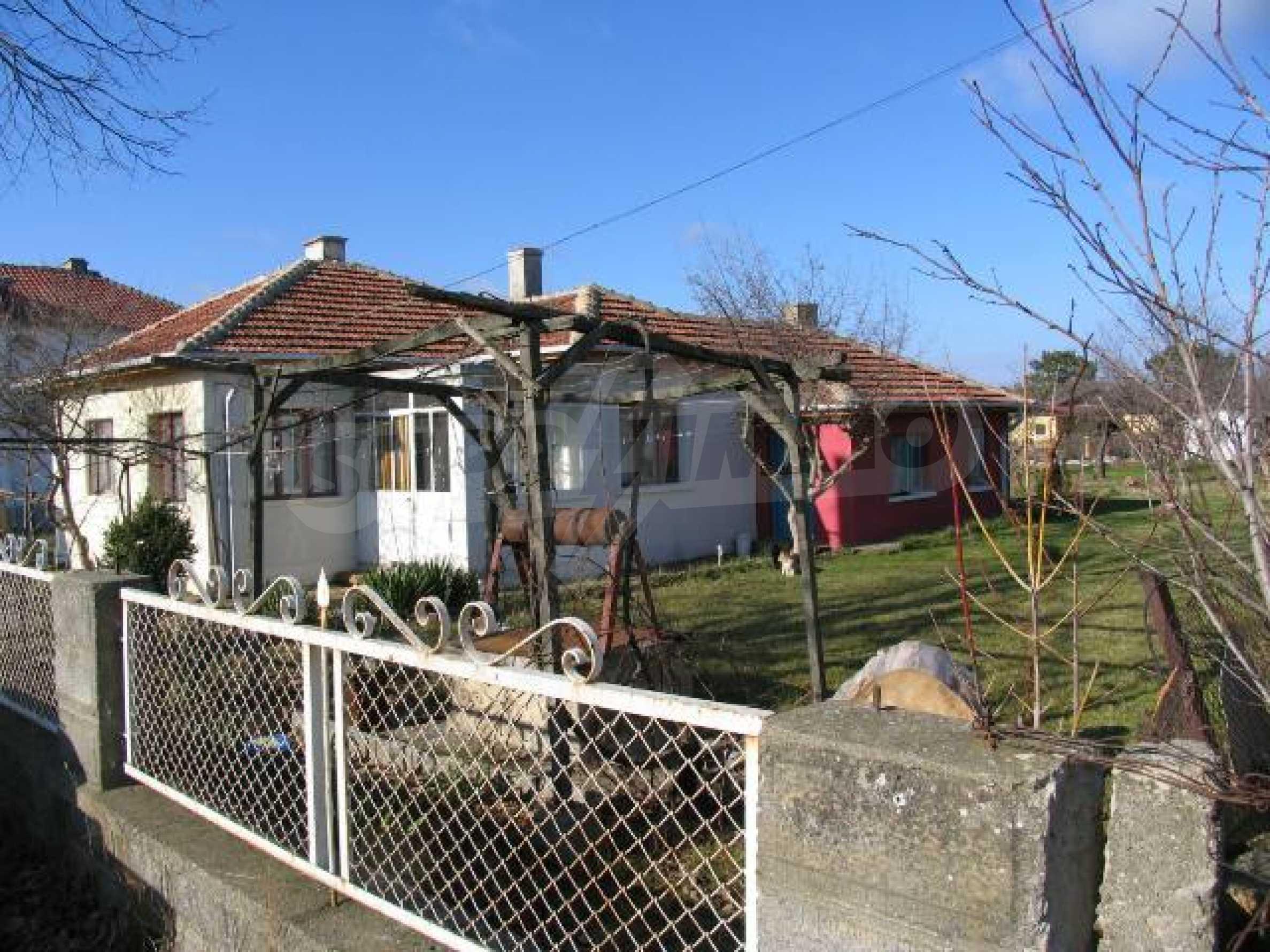 Дом для продажи в курорте Бяла - всего в нескольких минутах от моря 3