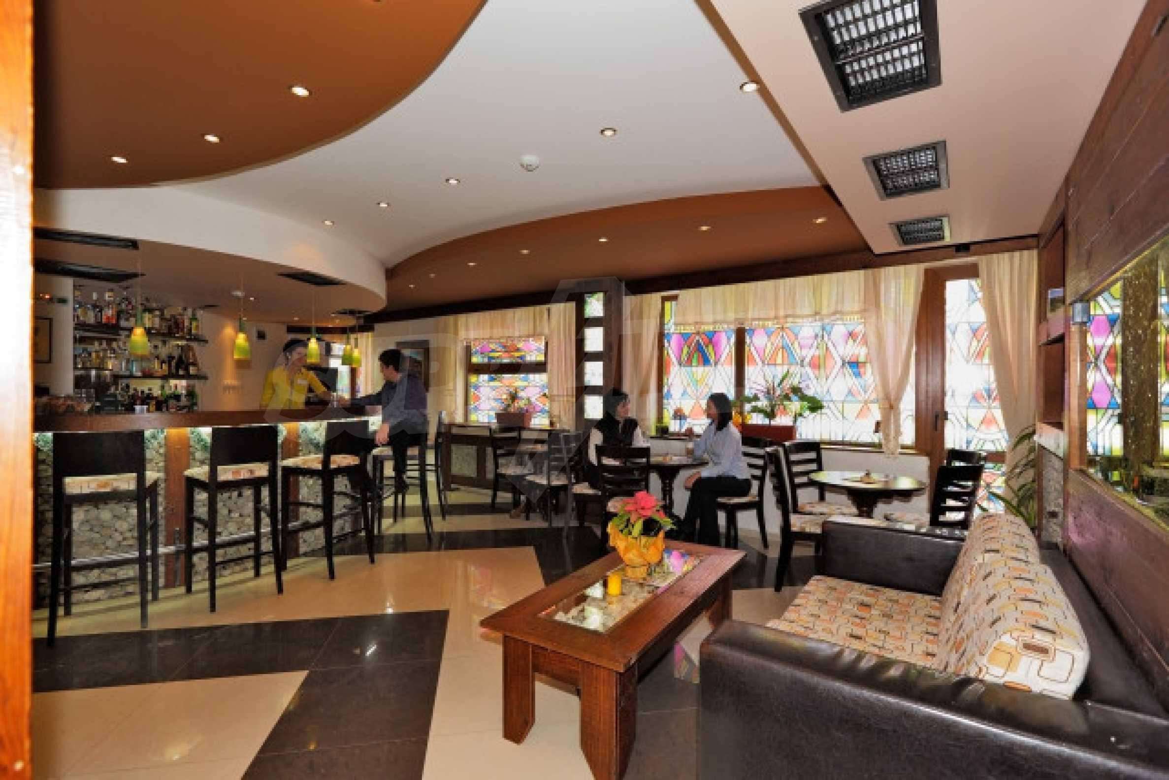Продажа ресторана / бара в зимнем к. Банско 2
