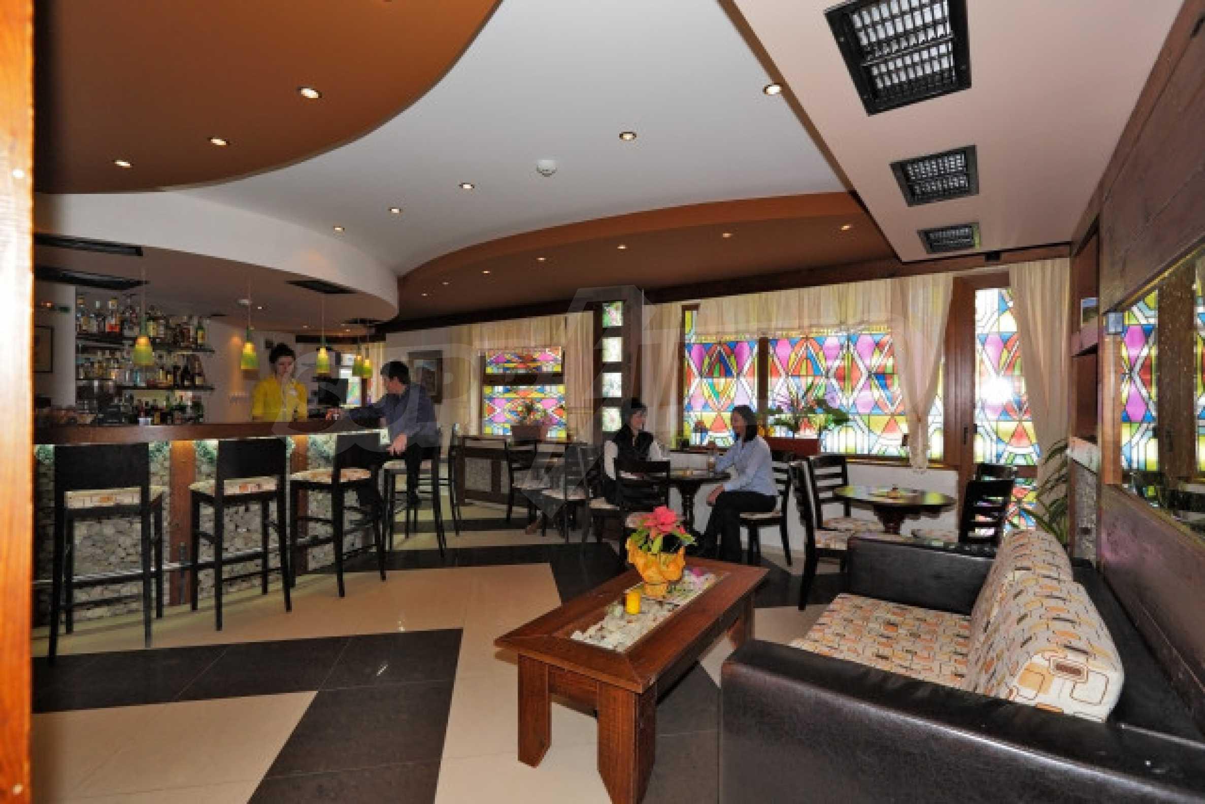 Продажа ресторана / бара в зимнем к. Банско 3
