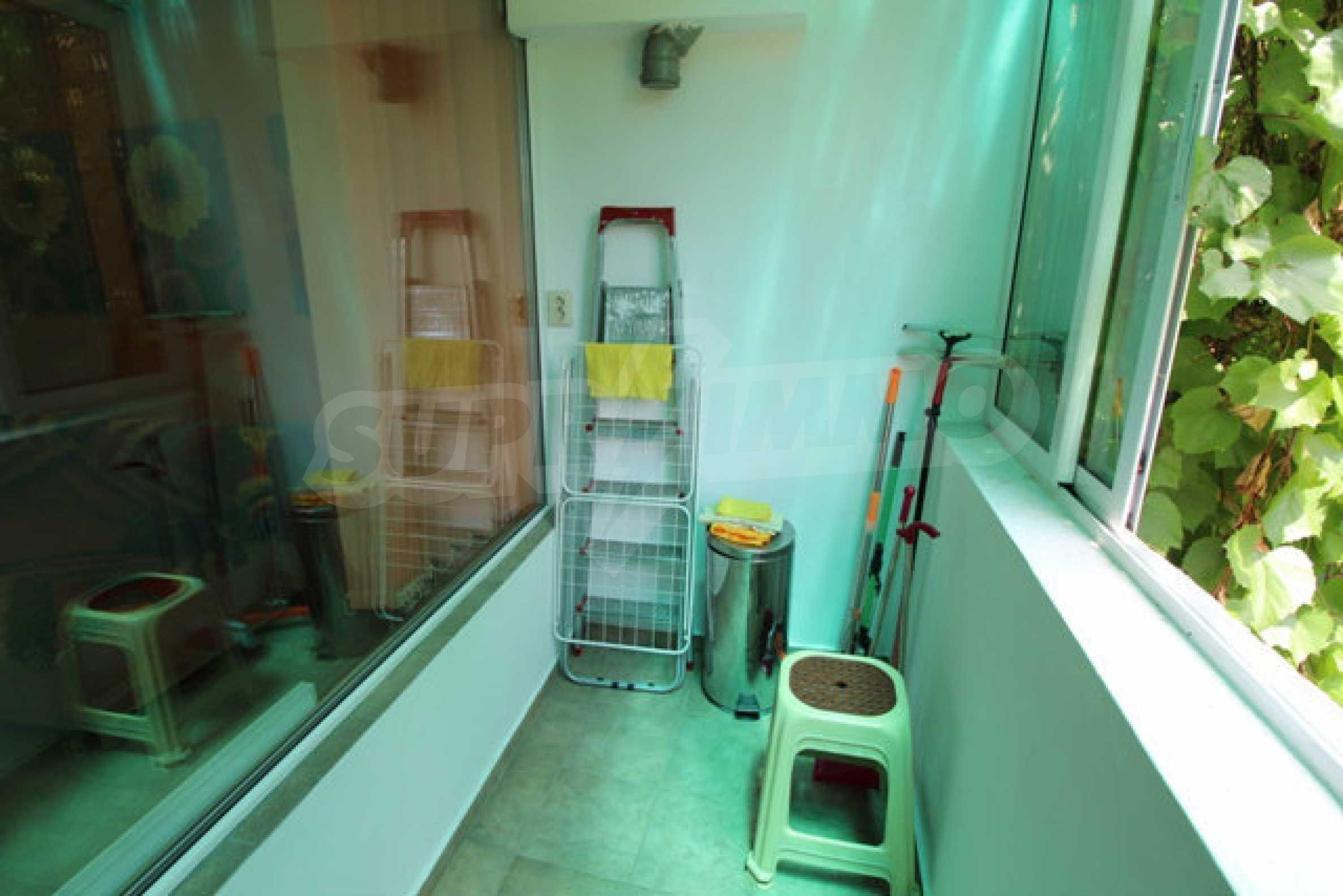 Бутиково обзаведено студио в центъра на Велико Търново  18