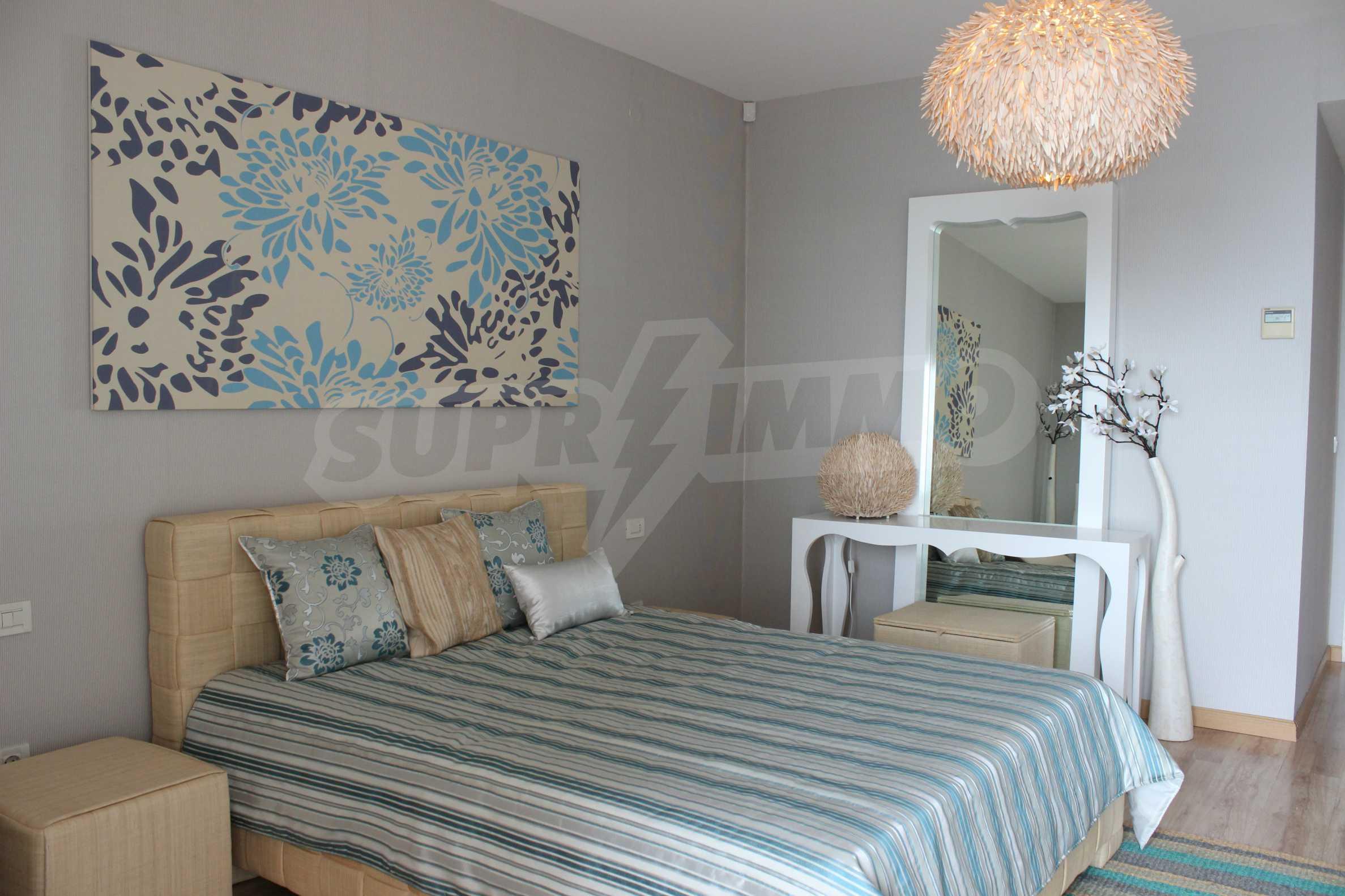 Апартамент Порт Палас 22