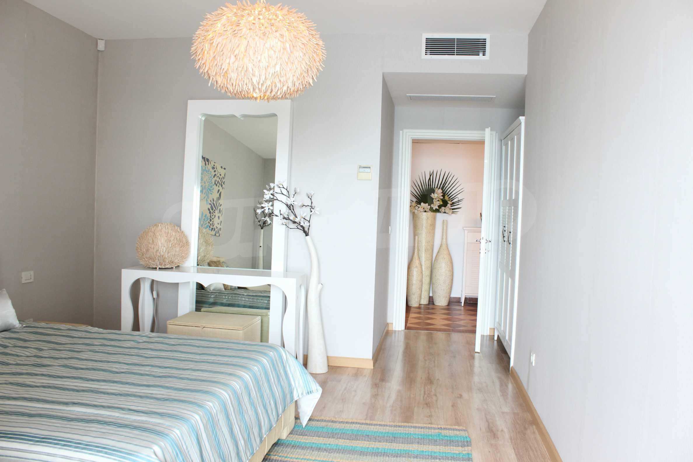 Апартамент Порт Палас 23