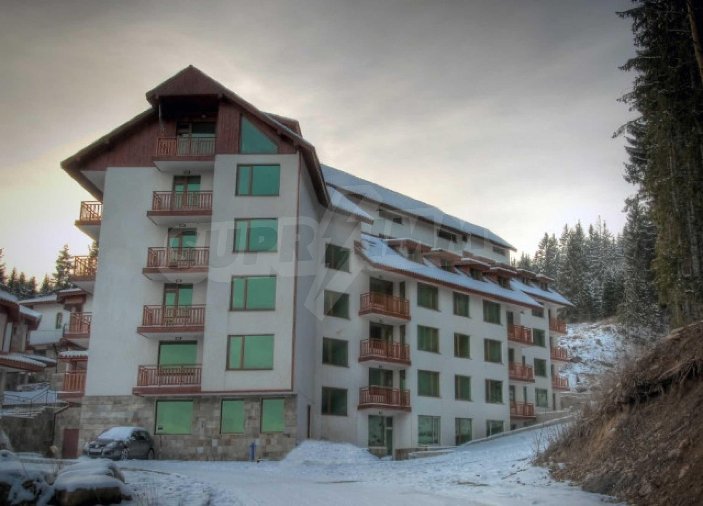 Апартаменти на атрактивни цени в планински ваканционен комплекс в Пампорово