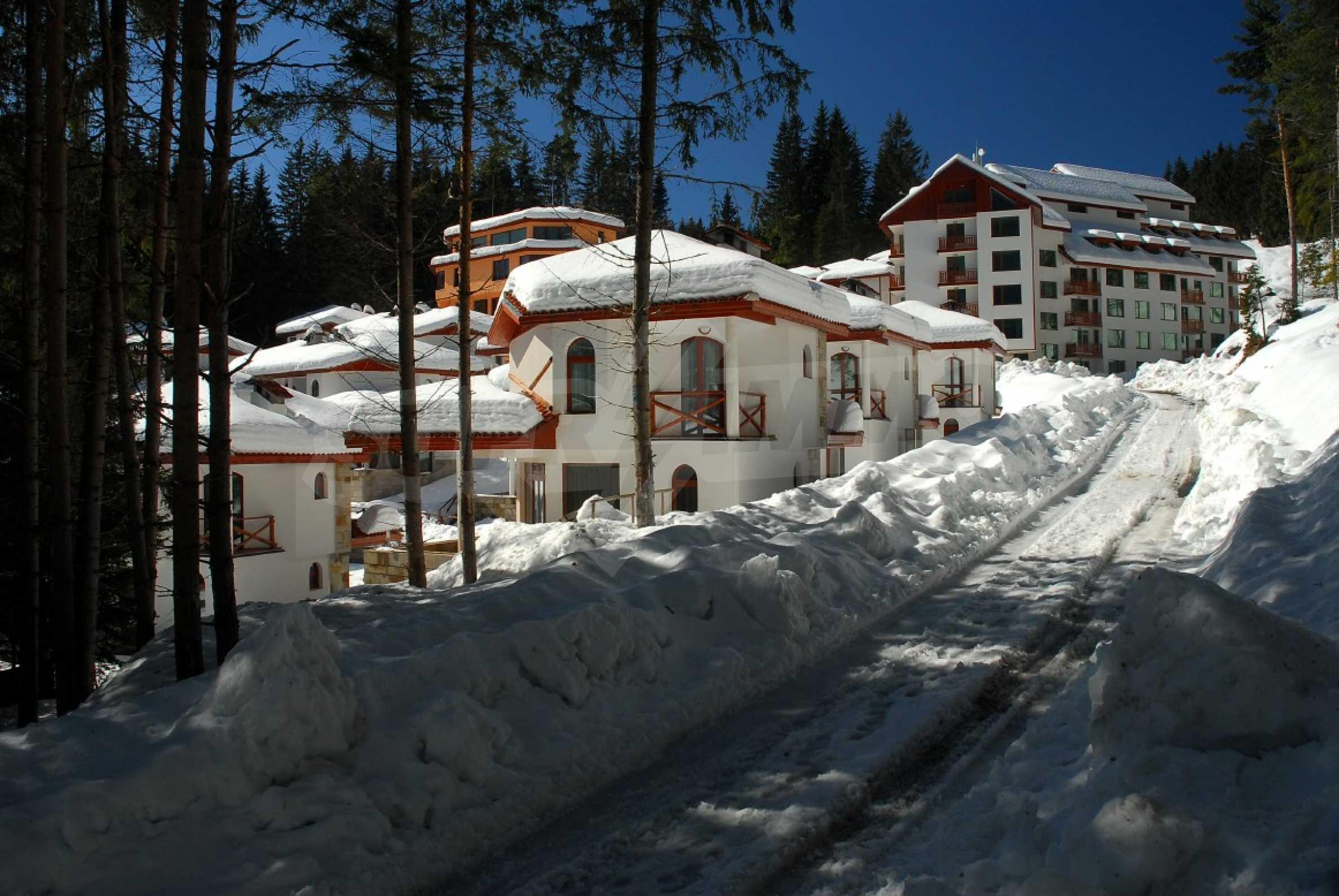Апартаменти на атрактивни цени в планински ваканционен комплекс в Пампорово 28