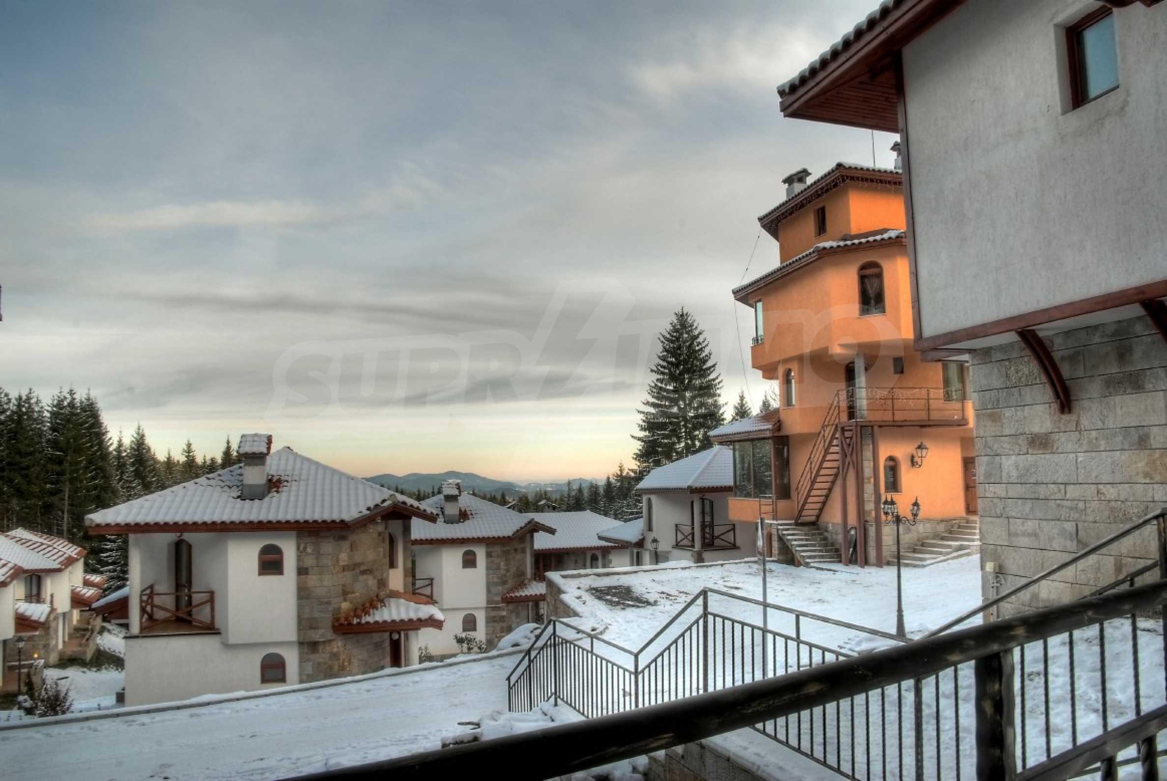 Апартаменти на атрактивни цени в планински ваканционен комплекс в Пампорово 29