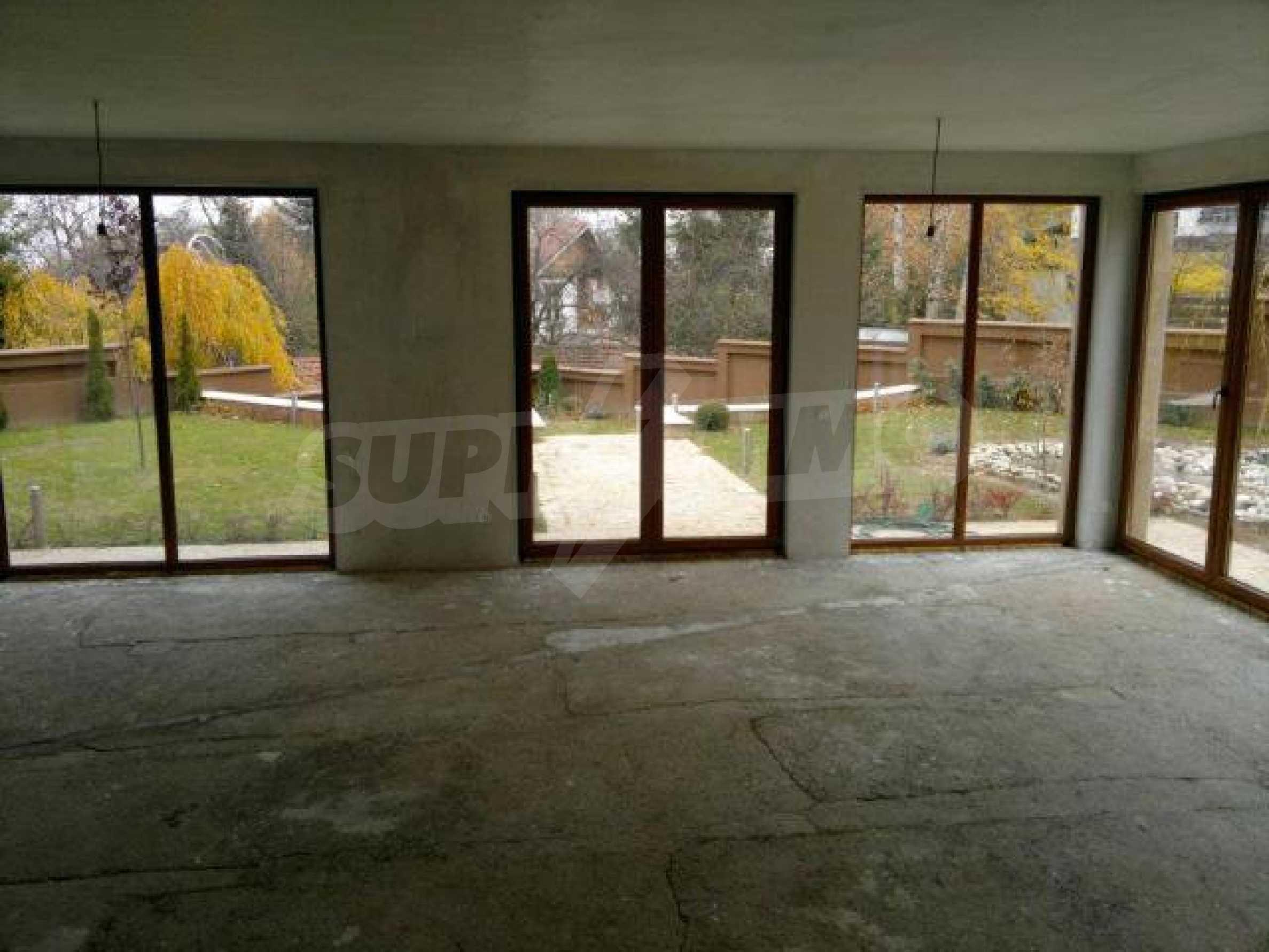 Нова еднофамилна къща в кв. Бояна 7