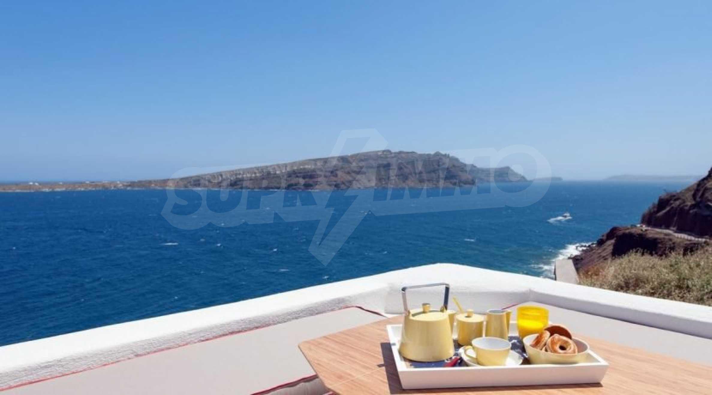 Грациозен имот с приказна гледка на остров Санторини