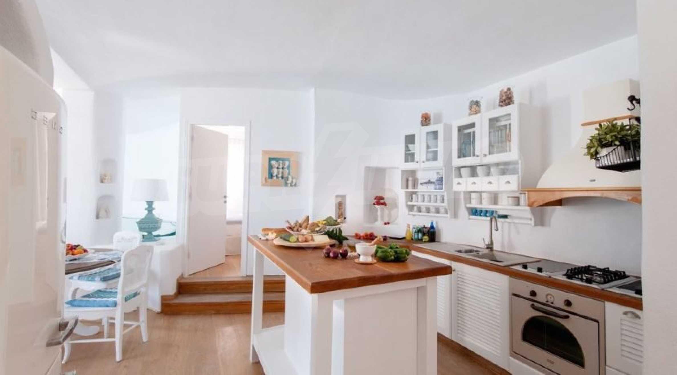 Грациозен имот с приказна гледка на остров Санторини 7