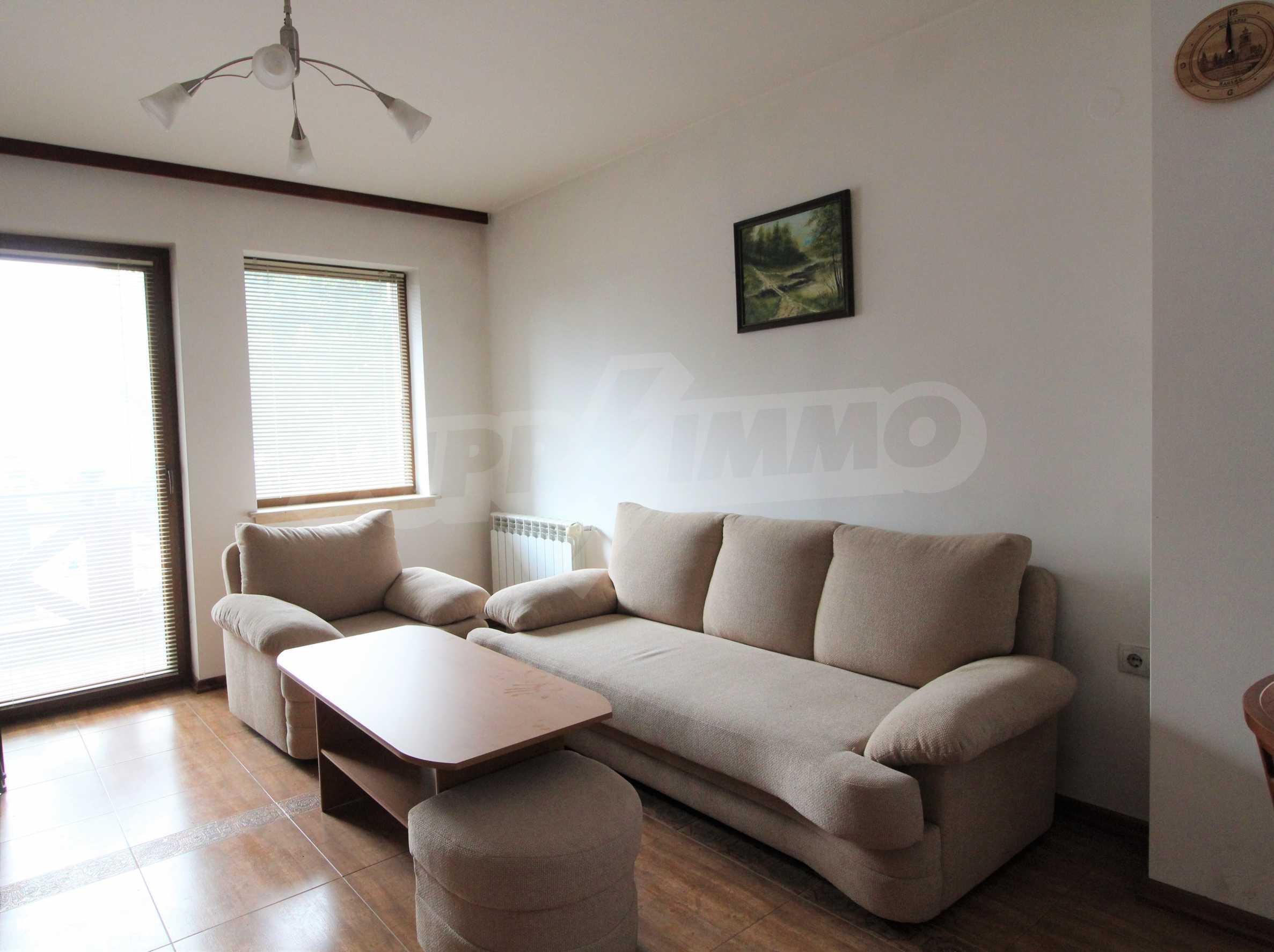 Просторен апартамент с камина в Банско 4