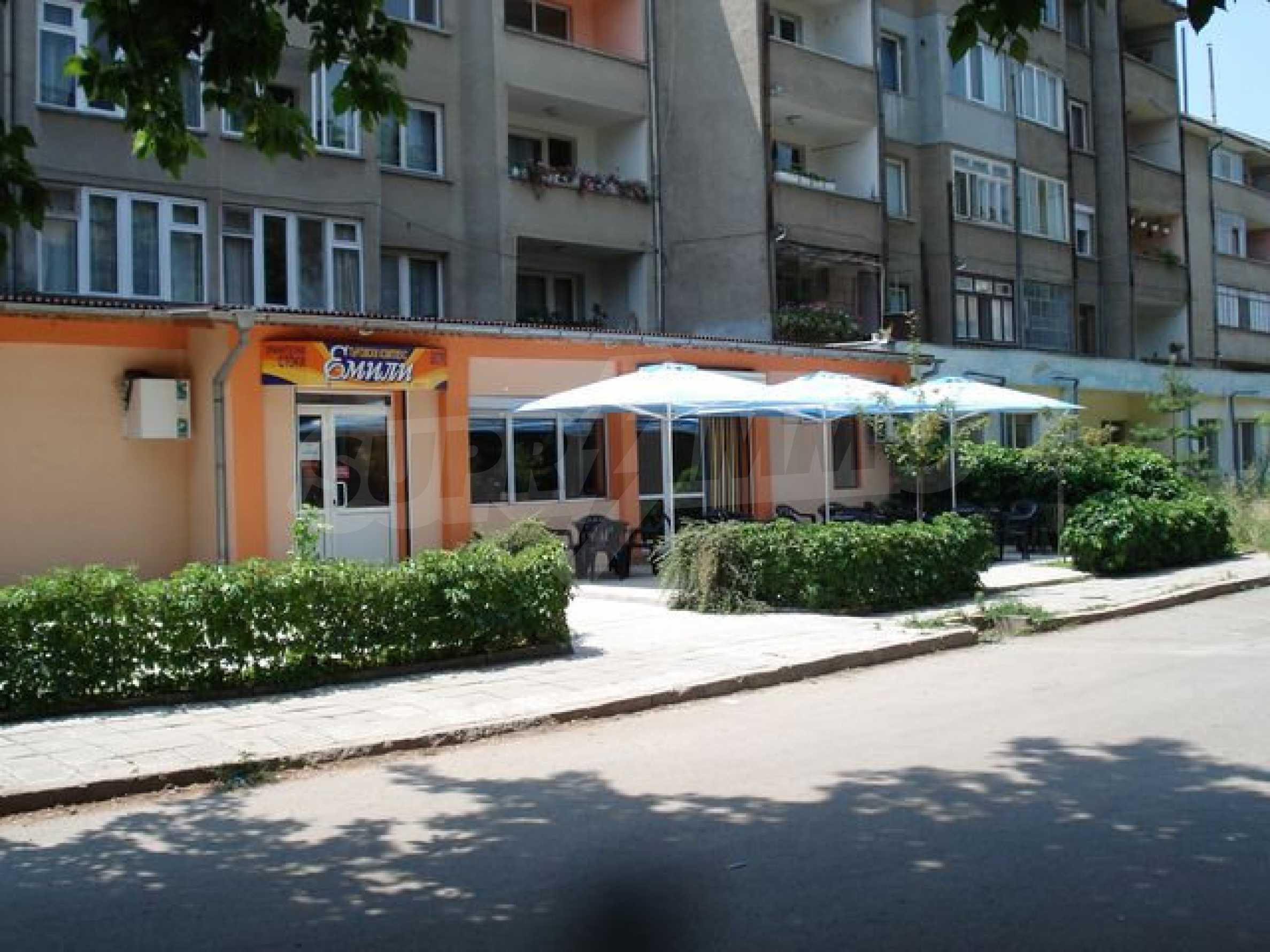 Кафе и магазин в городе Видин