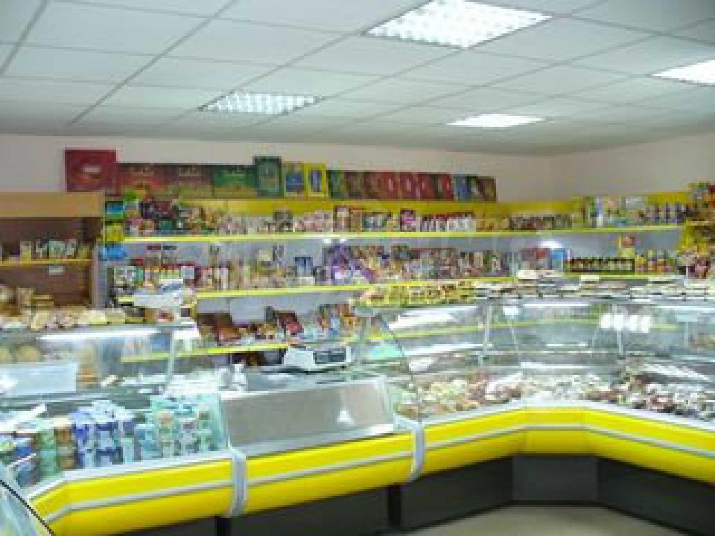 Кафе и магазин в городе Видин 1