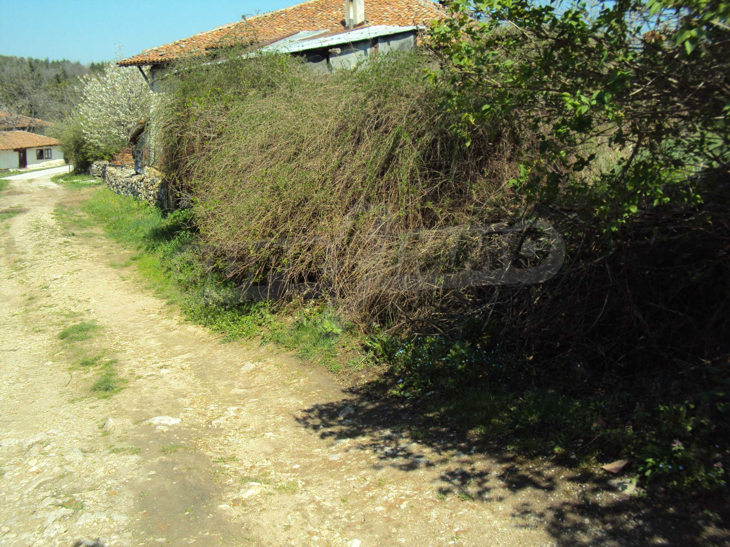 Plot  of land in Arbanassi  with great location 5