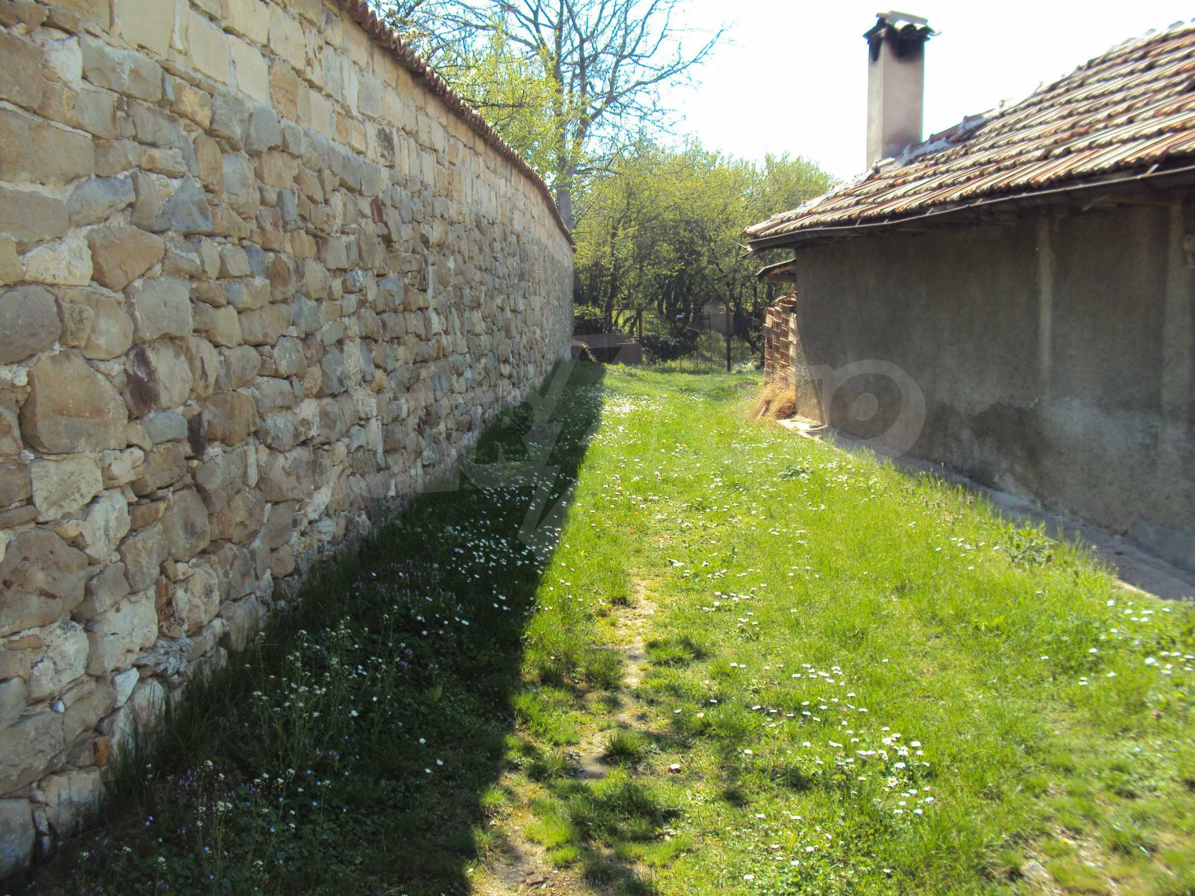 Plot  of land in Arbanassi  with great location 7