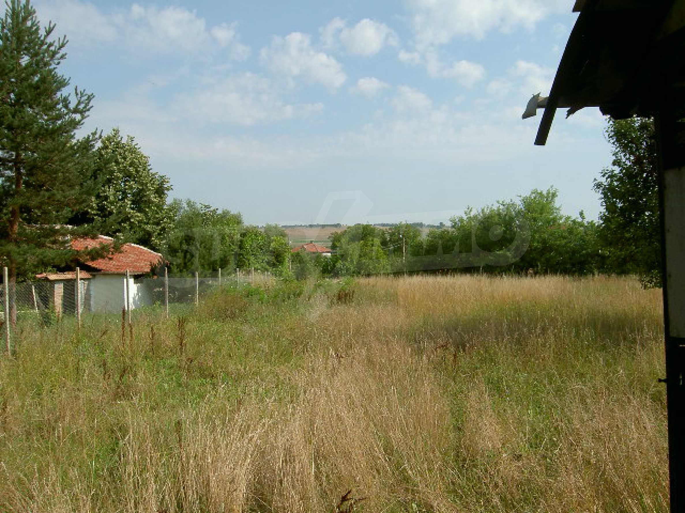 Земельный участок рядом с г. Велико Тырново 1