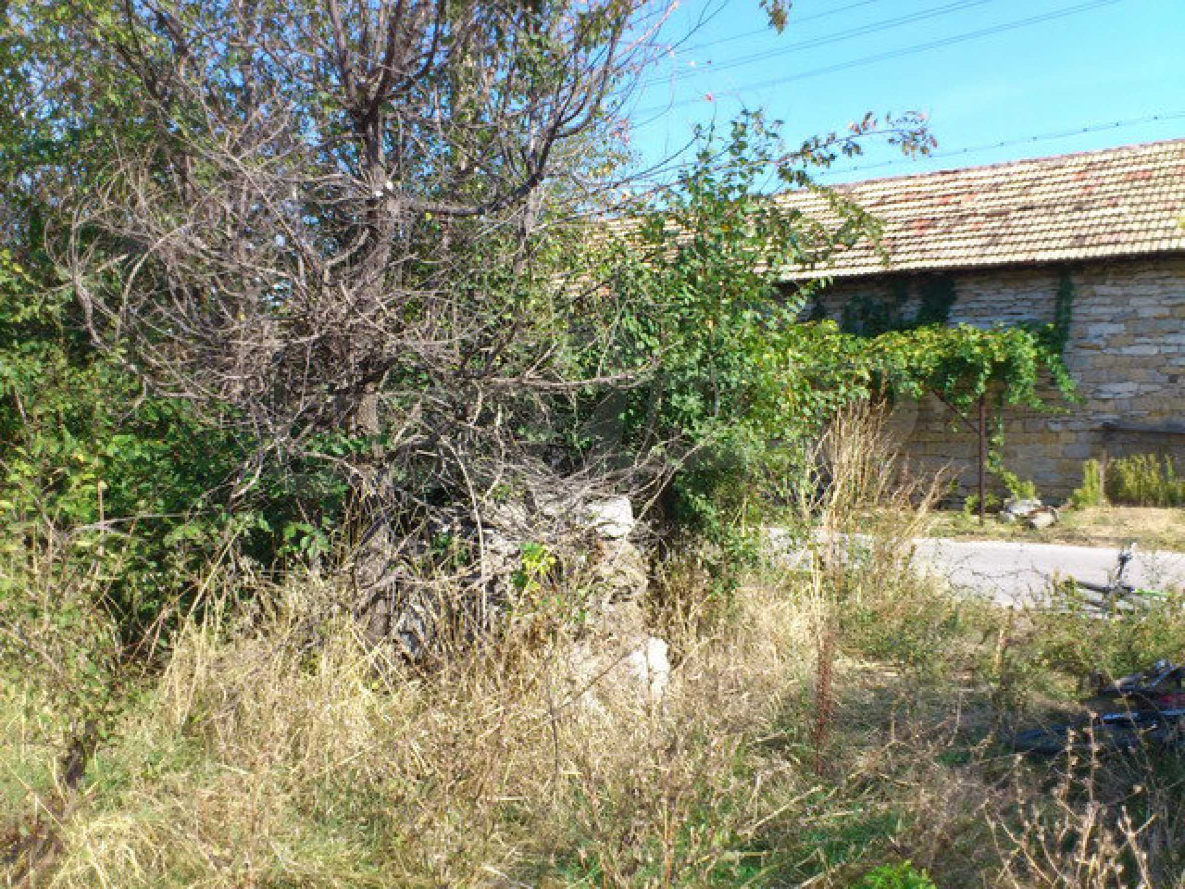 Plot of land in a village 9 km. from Veliko Tarnovo 7