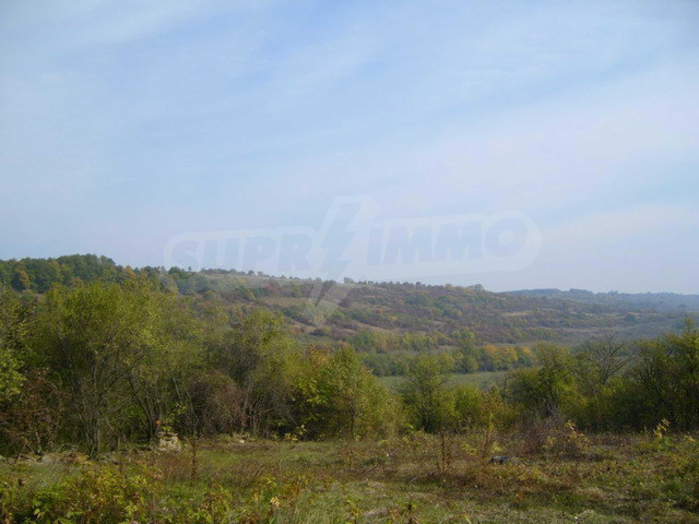 Земельный участок в деревне с красивым пейзажем 10