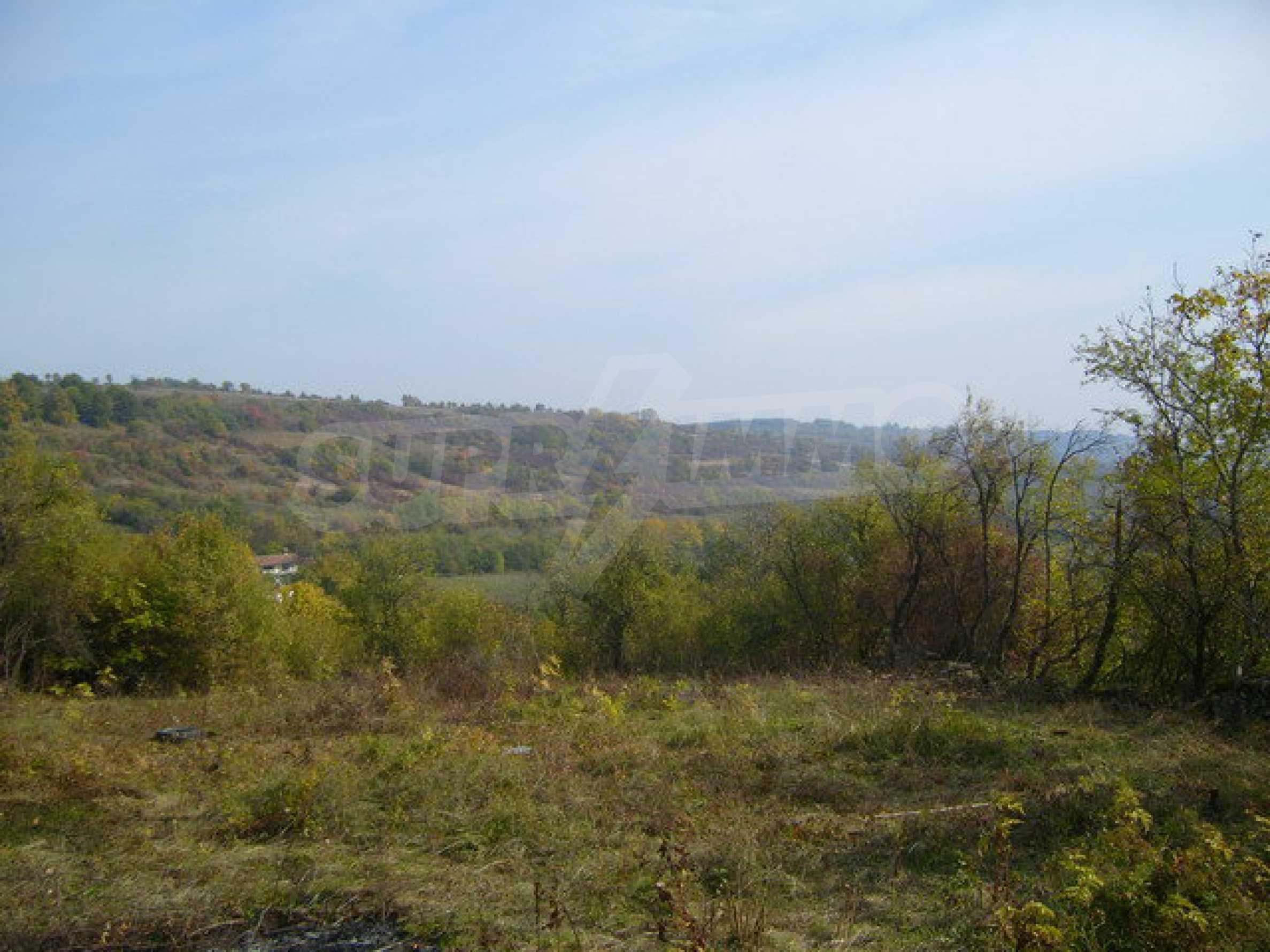 Земельный участок в деревне с красивым пейзажем 5
