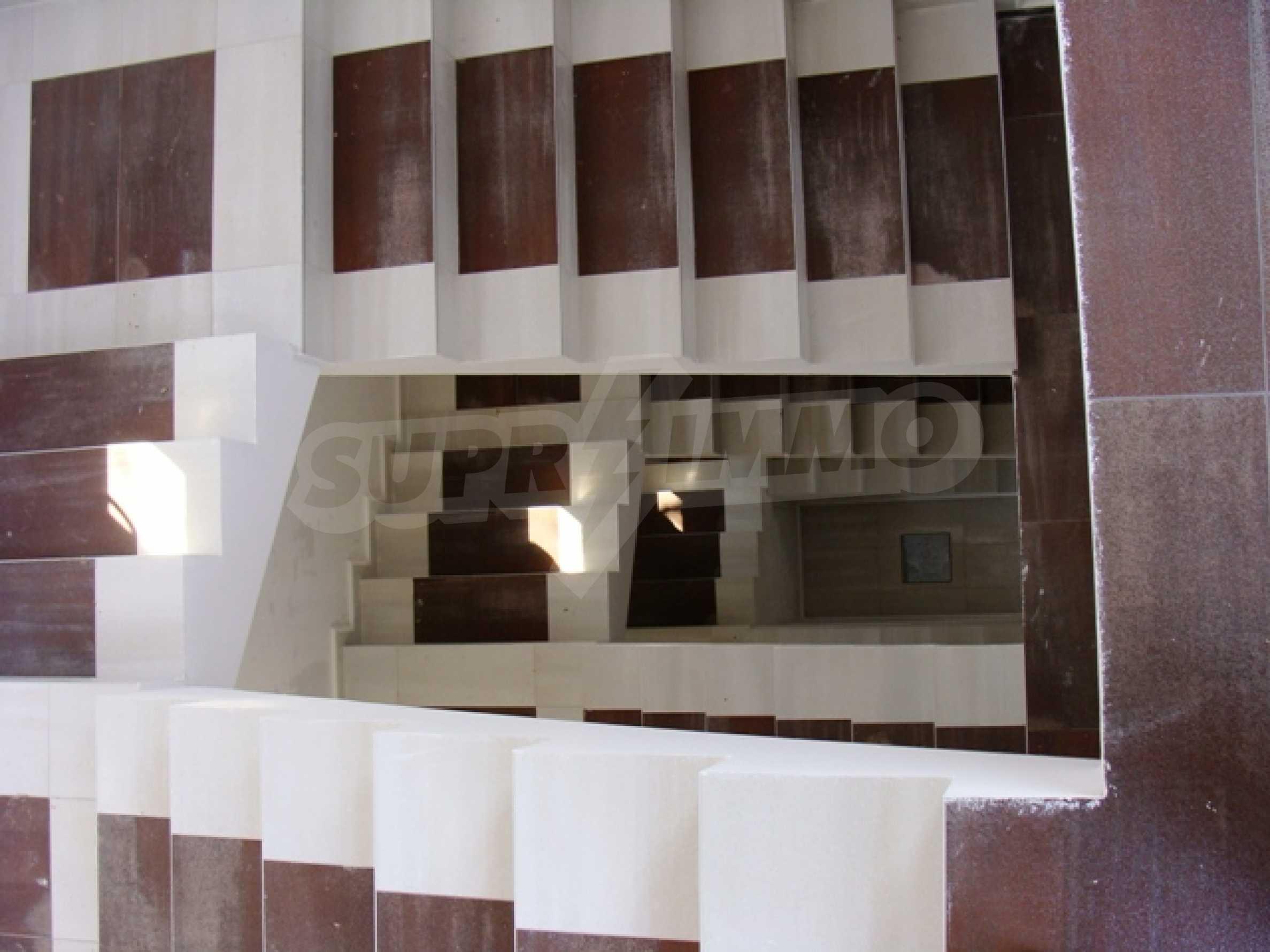 """Нова модерна 3-етажна къща в """"Зеленика""""                      17"""