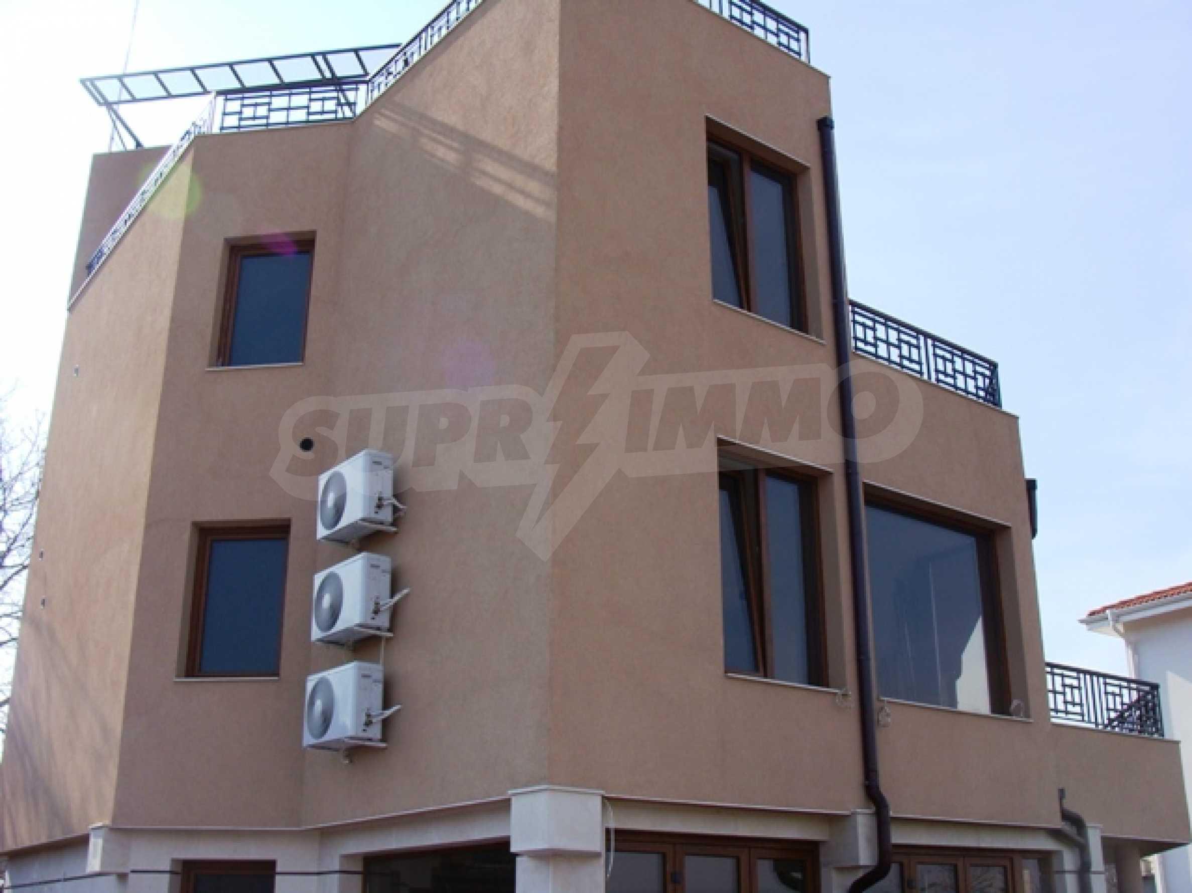 """Нова модерна 3-етажна къща в """"Зеленика""""                      5"""