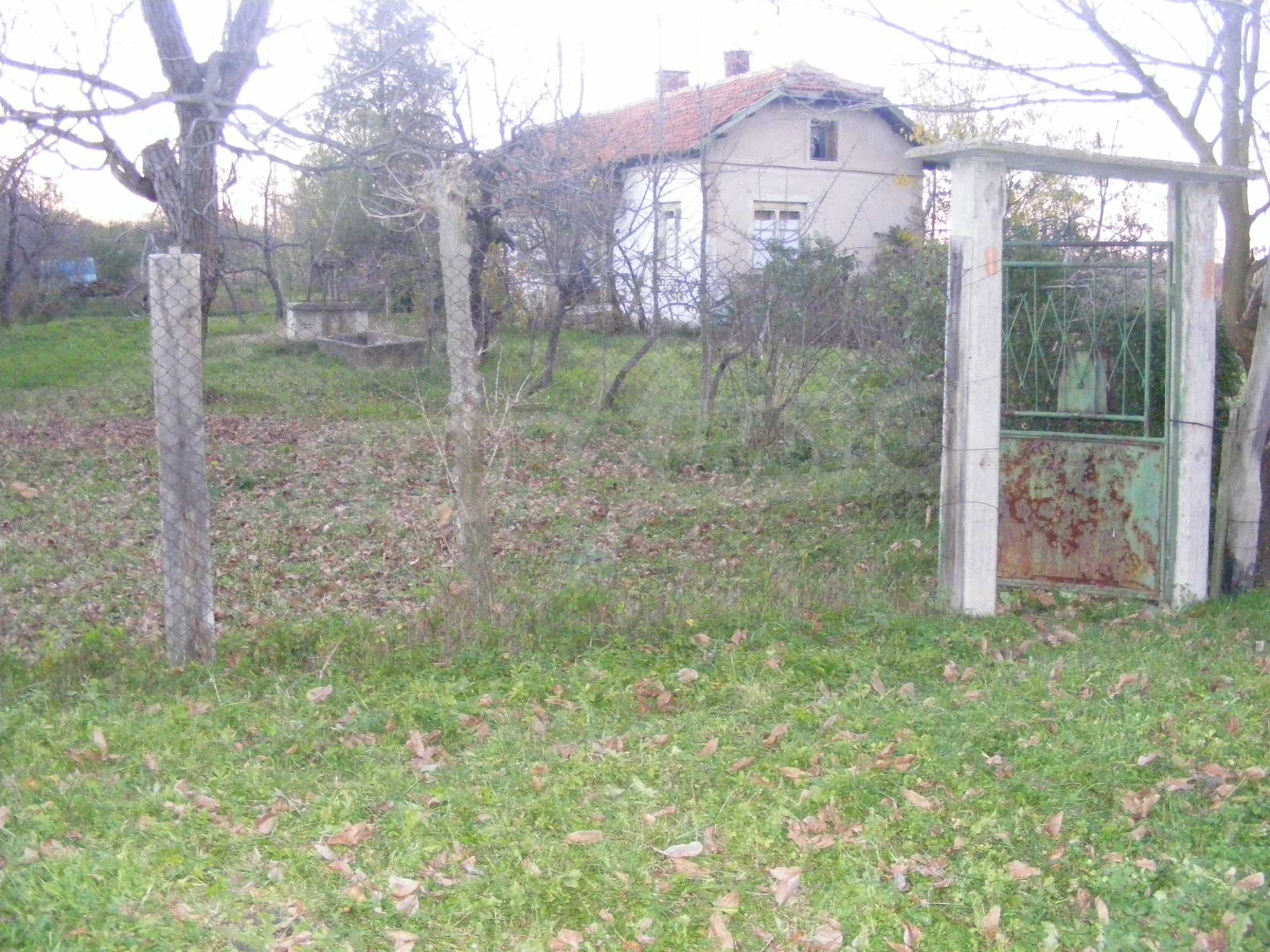 Nice detached house with garden 30 km from Montana and Lom 39