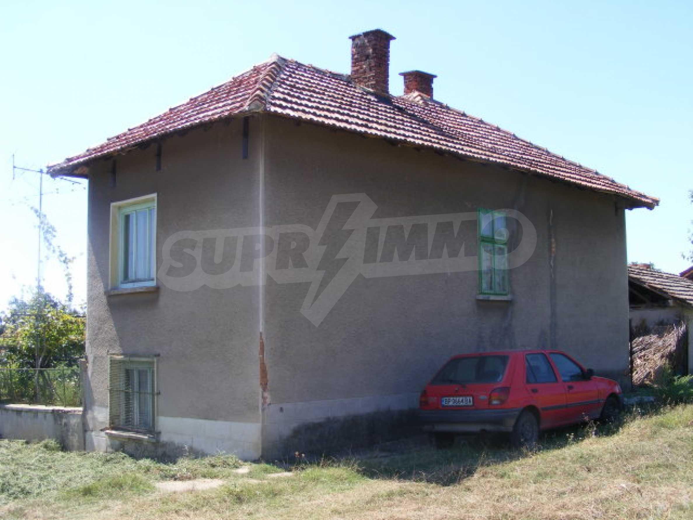 Дом на продажу недалеко от г. Монтана 2