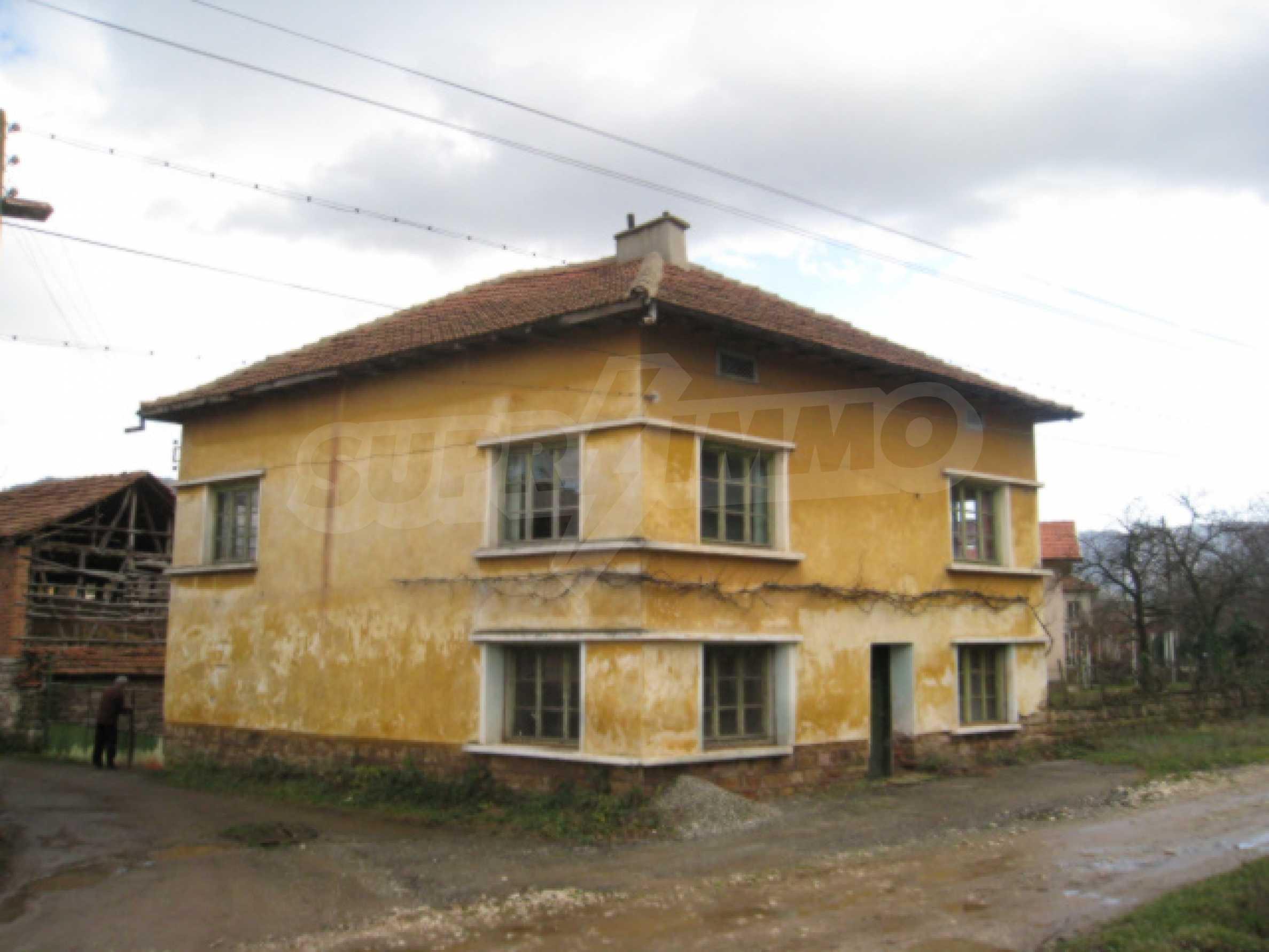 Дом возле Выршец