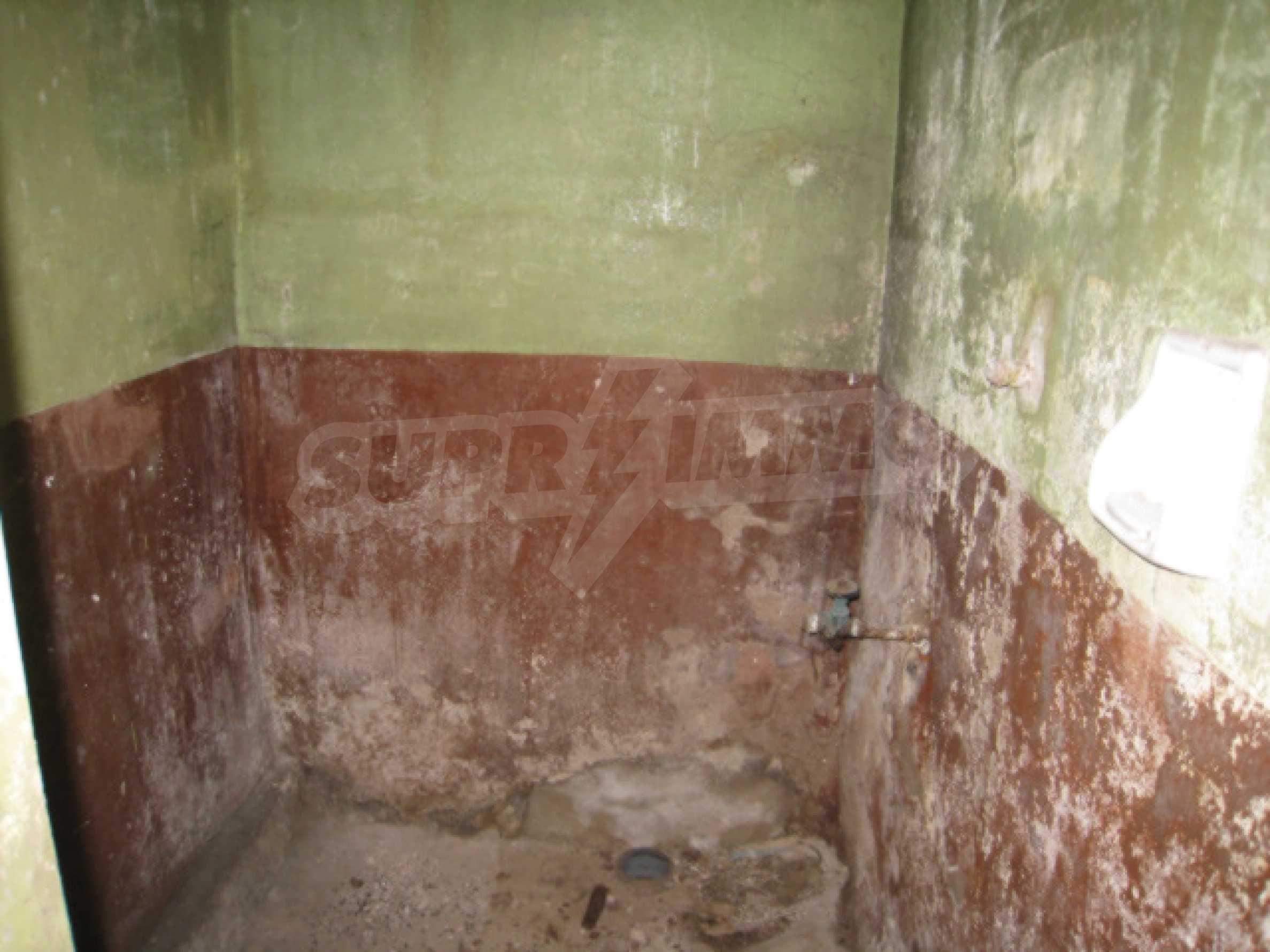 Дом возле Выршец 13