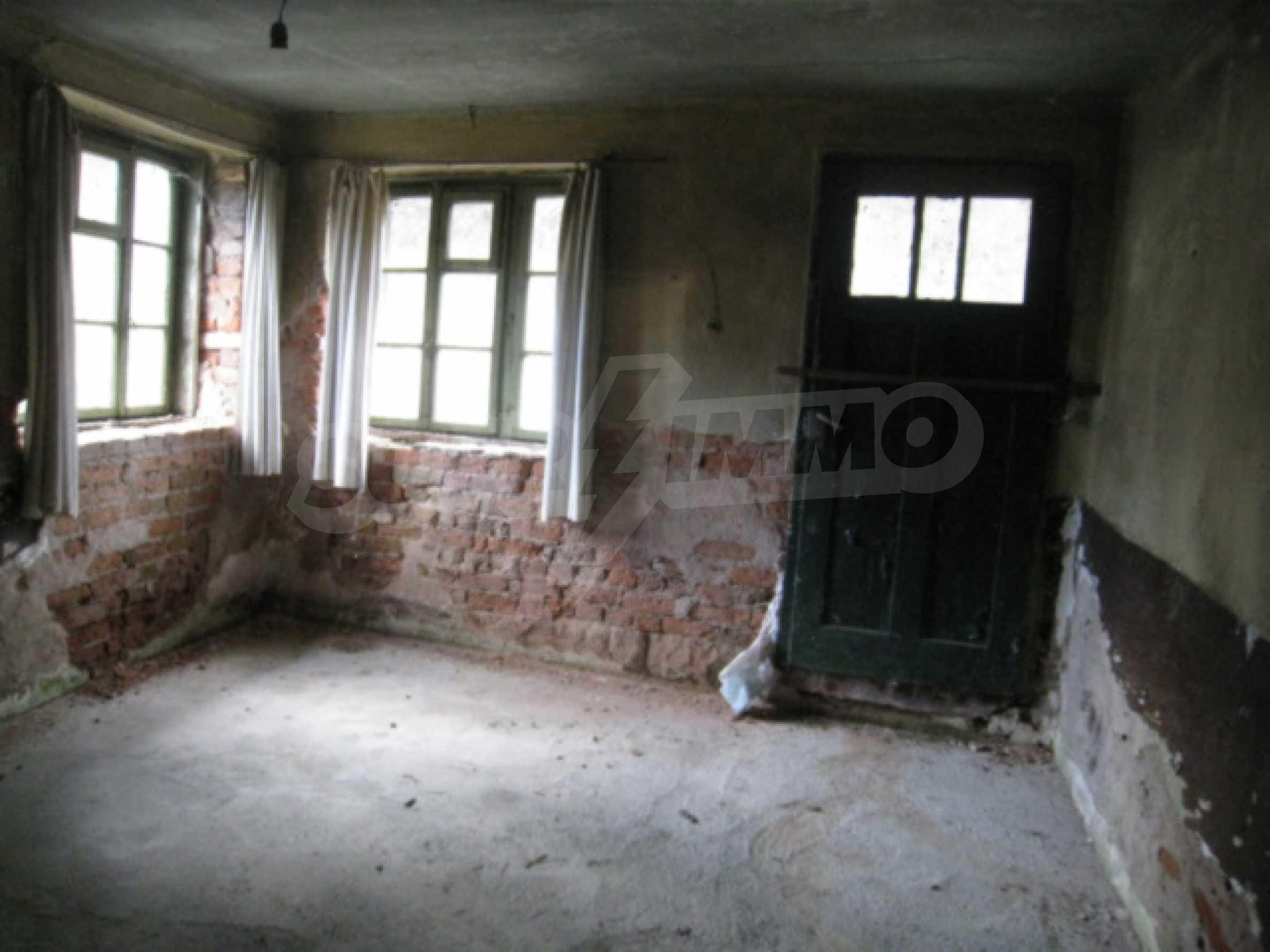 Дом возле Выршец 15