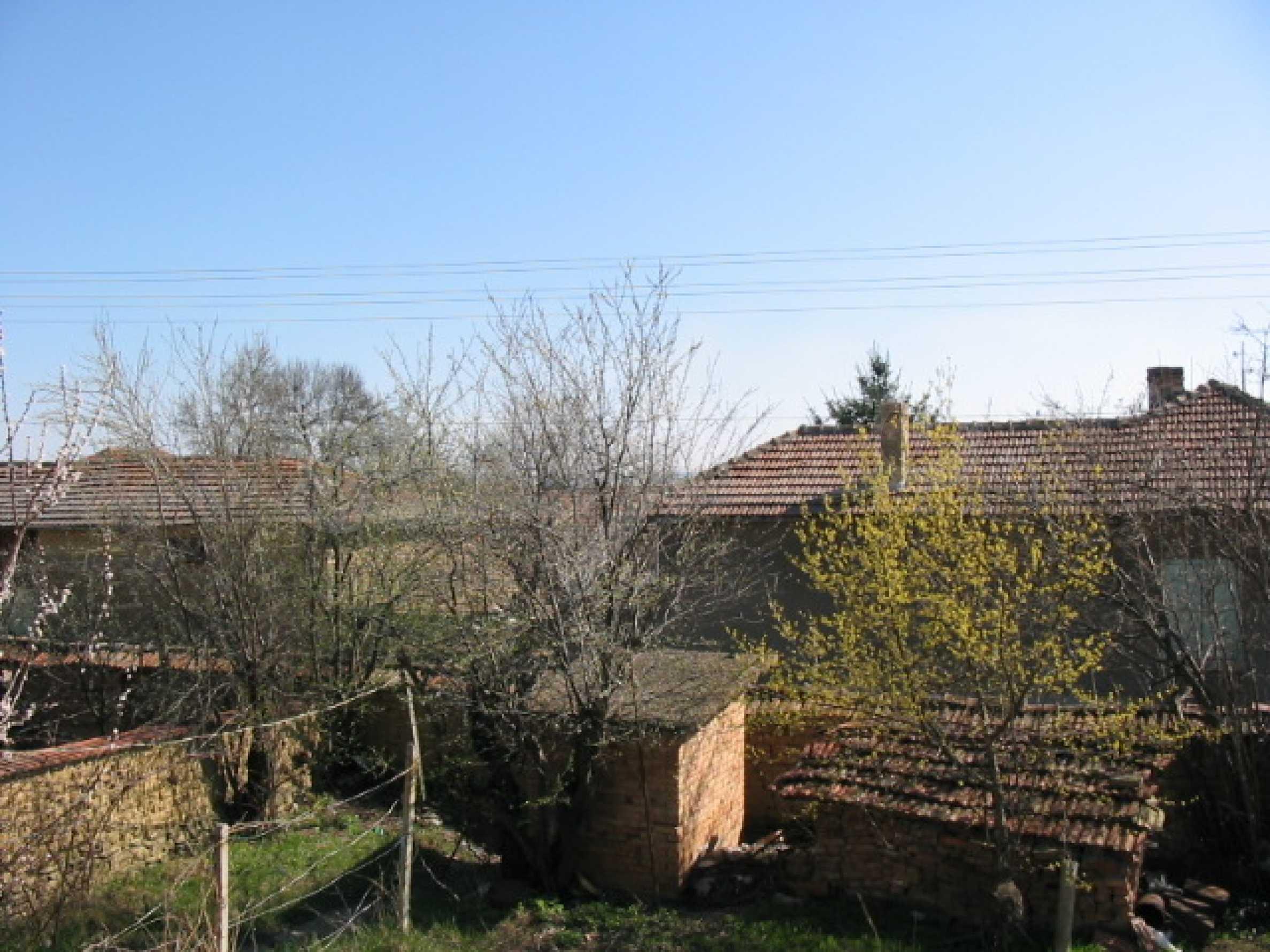 Селски имот на 30 км от Велико Търново 11