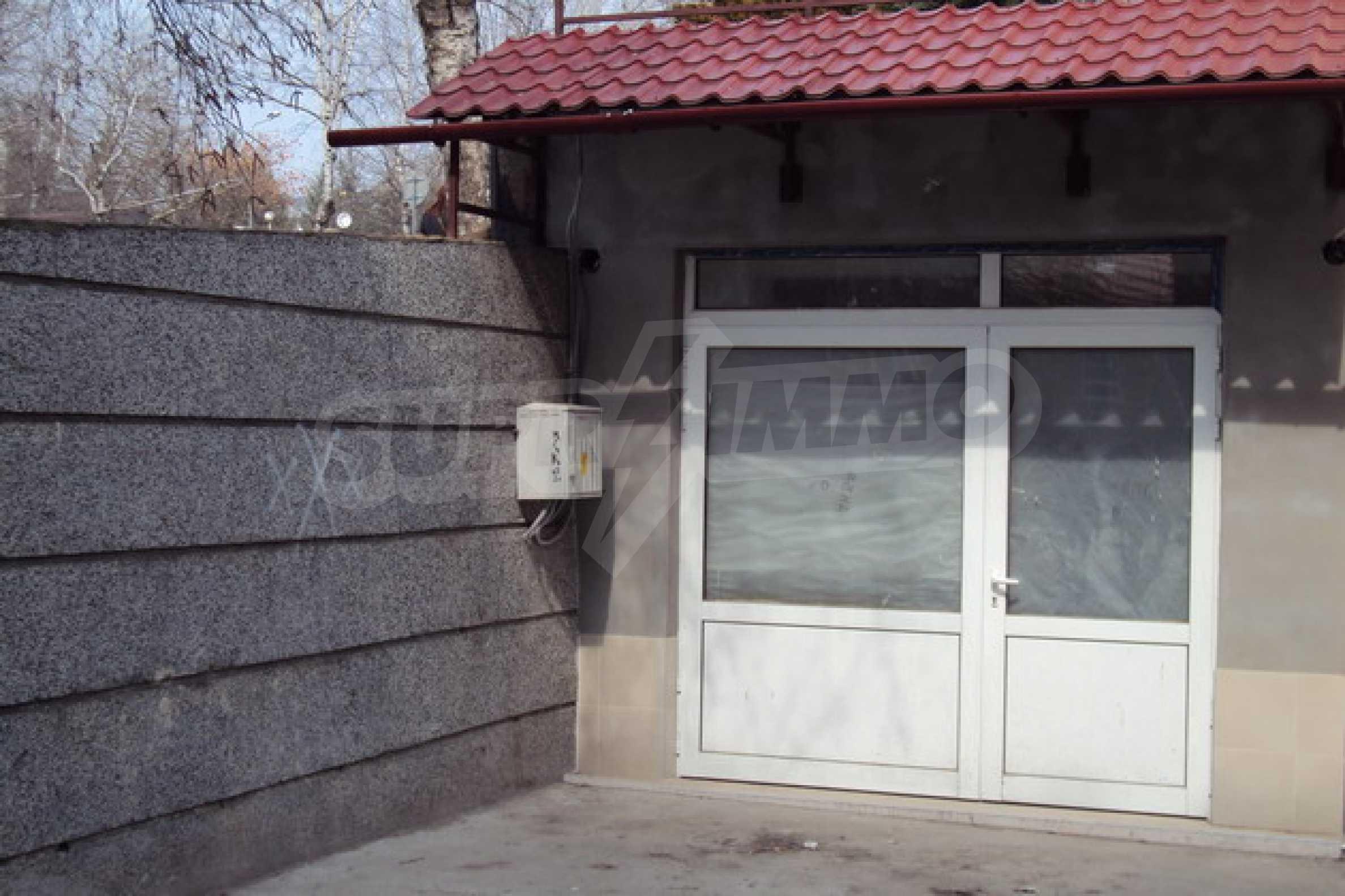 Магазин/офис продается в городе Велико Тырново