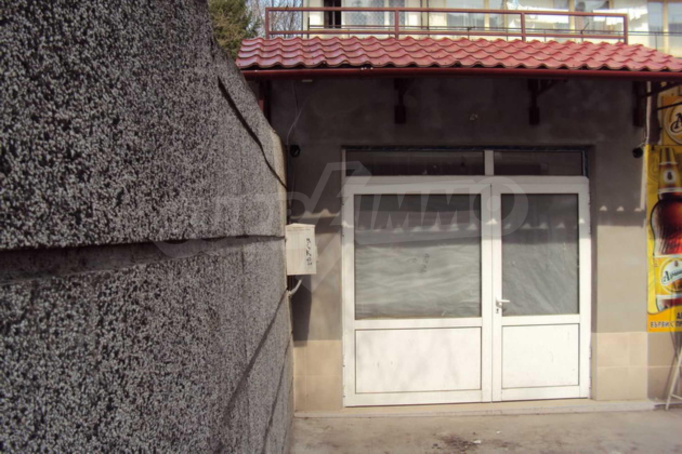 Магазин/офис продается в городе Велико Тырново 15