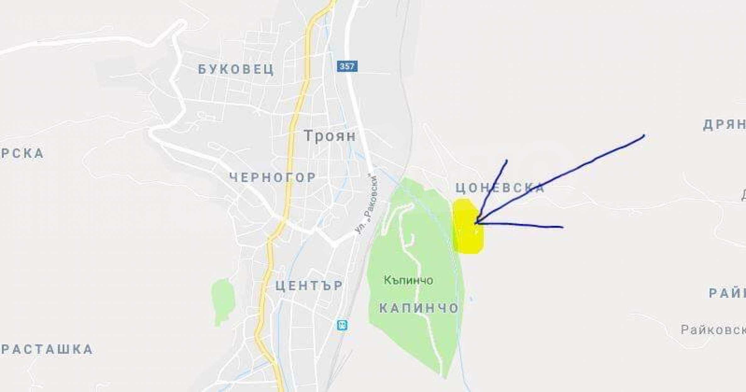 Land mit Schwimmbad in Troyan 28