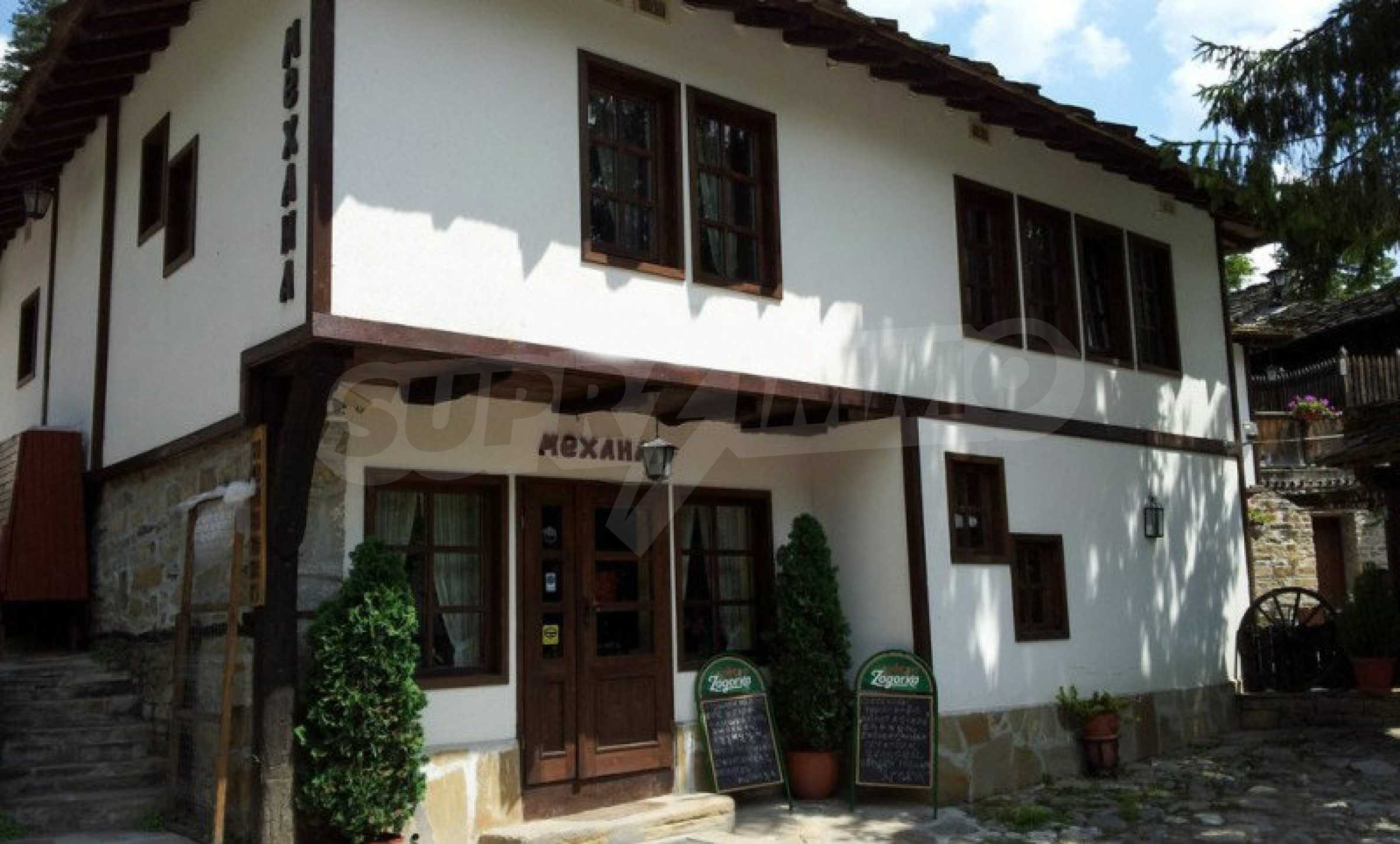 Unique traditional house with restaurant in Bozhentsi