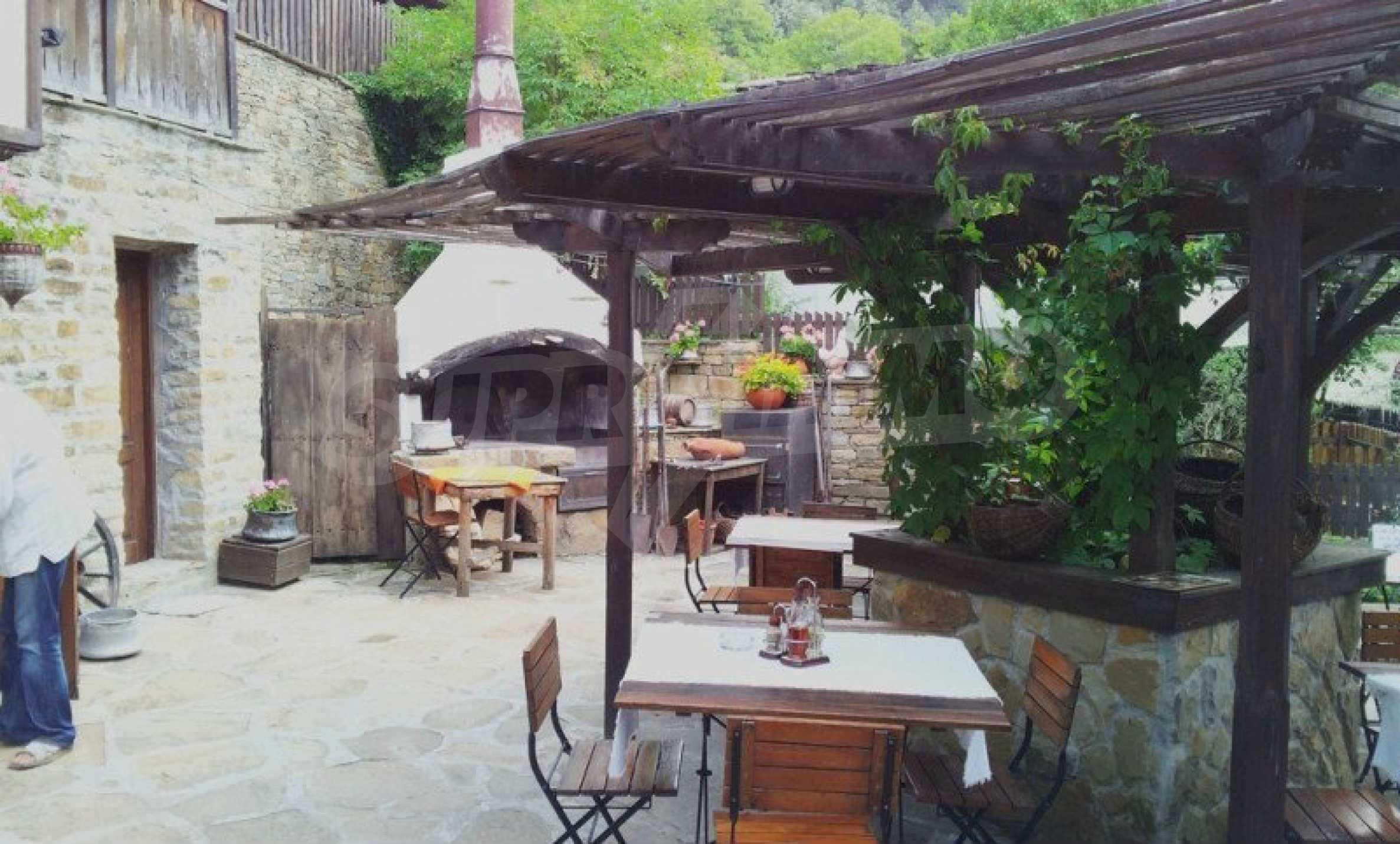 Unique traditional house with restaurant in Bozhentsi 18