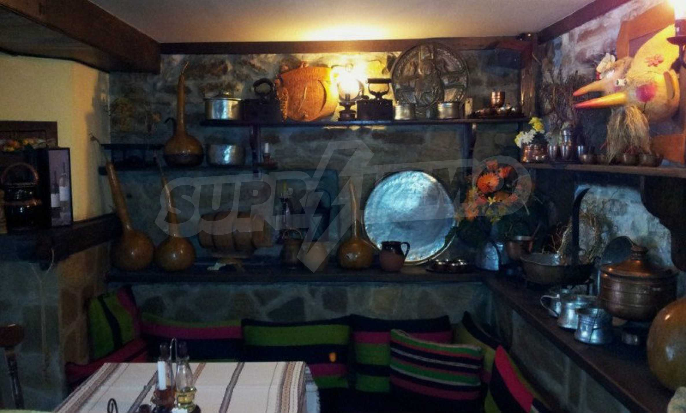 Unique traditional house with restaurant in Bozhentsi 25