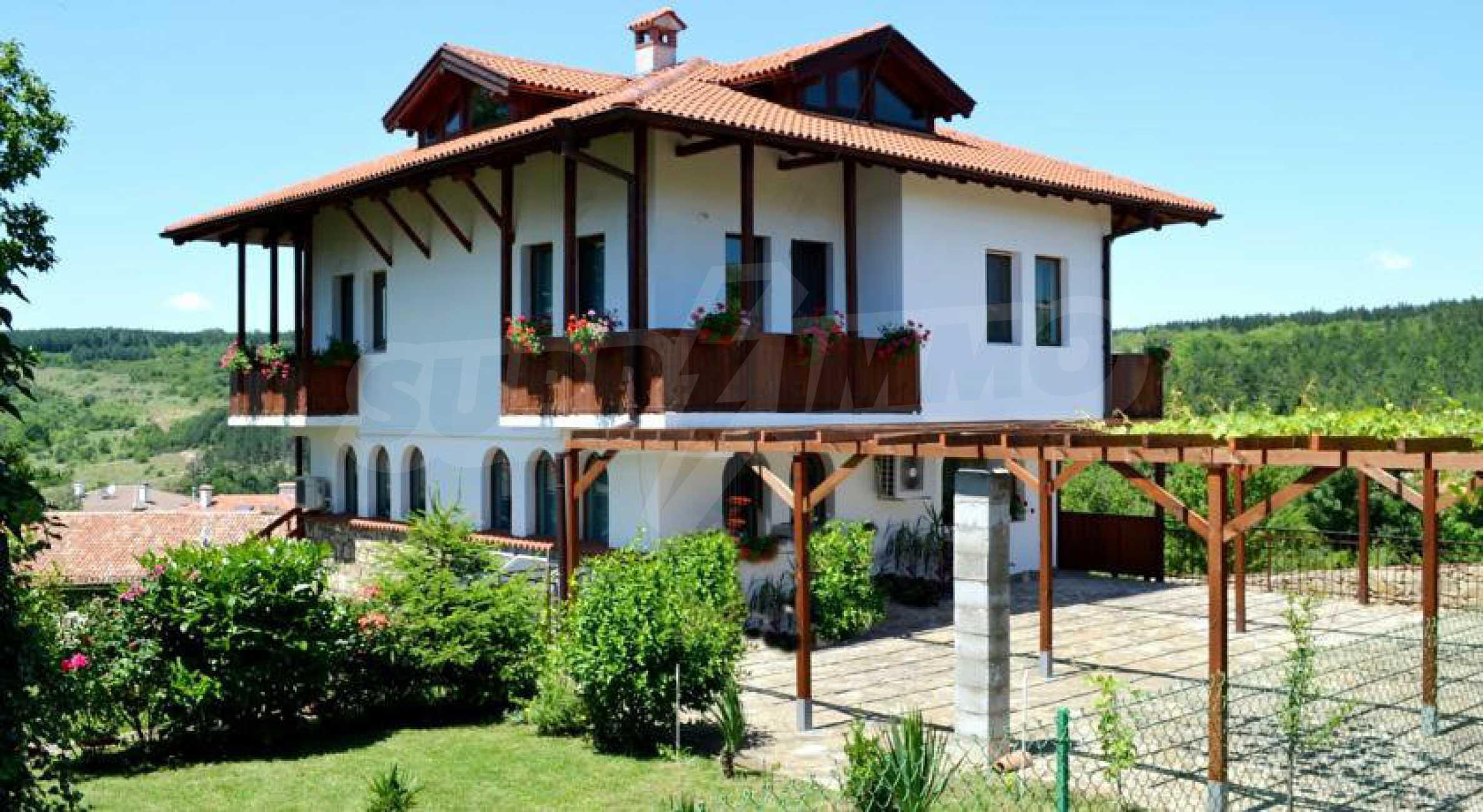 Напълно обзаведена къща за гости в Арбанаси 42
