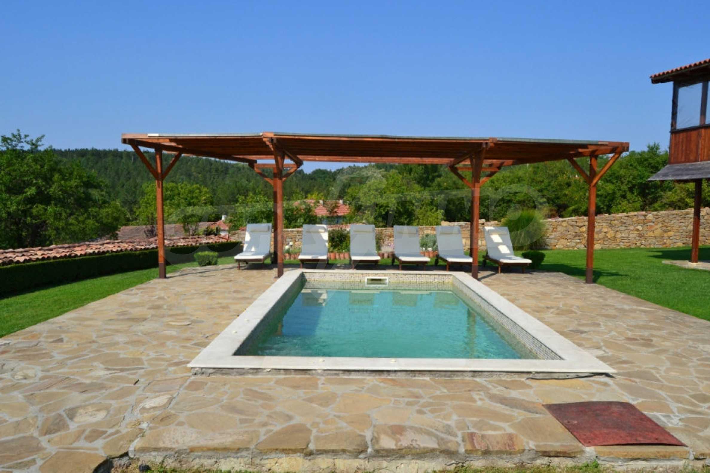 Напълно обзаведена къща за гости в Арбанаси 4