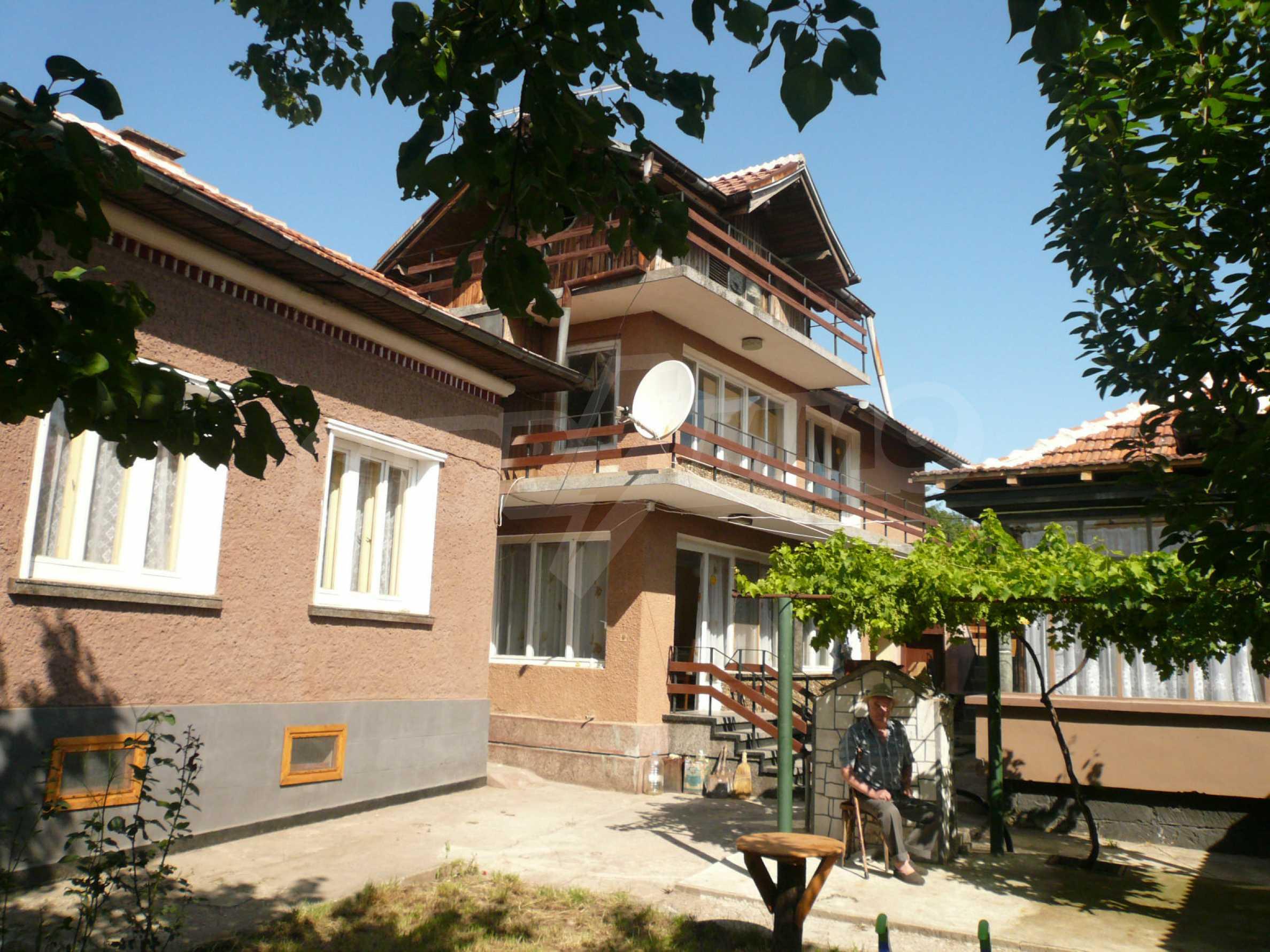 Ländliche Häuser mit einem Garten 12 km von Vidin entfernt 1
