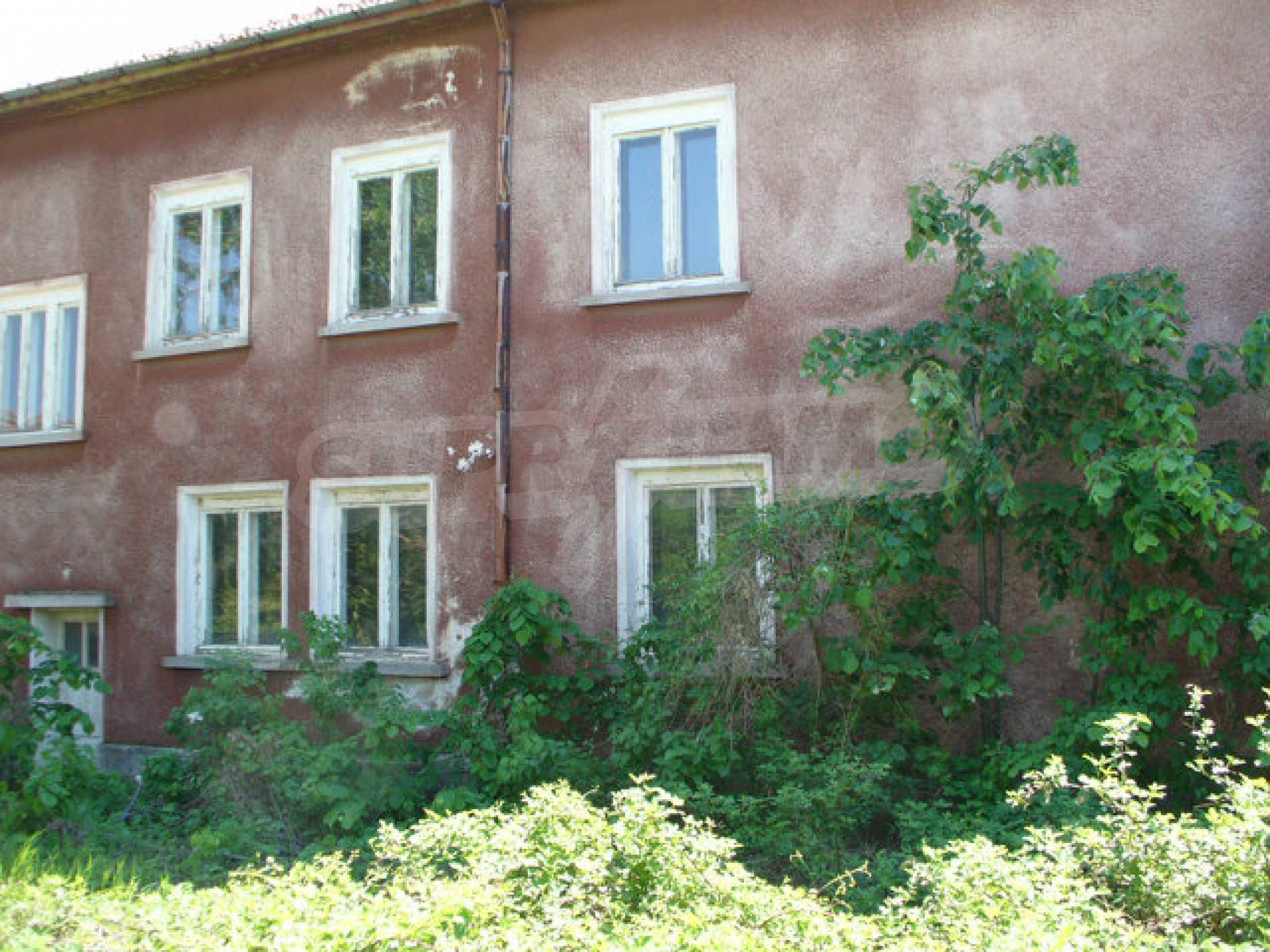 Дом в 50 км от города Видин 4