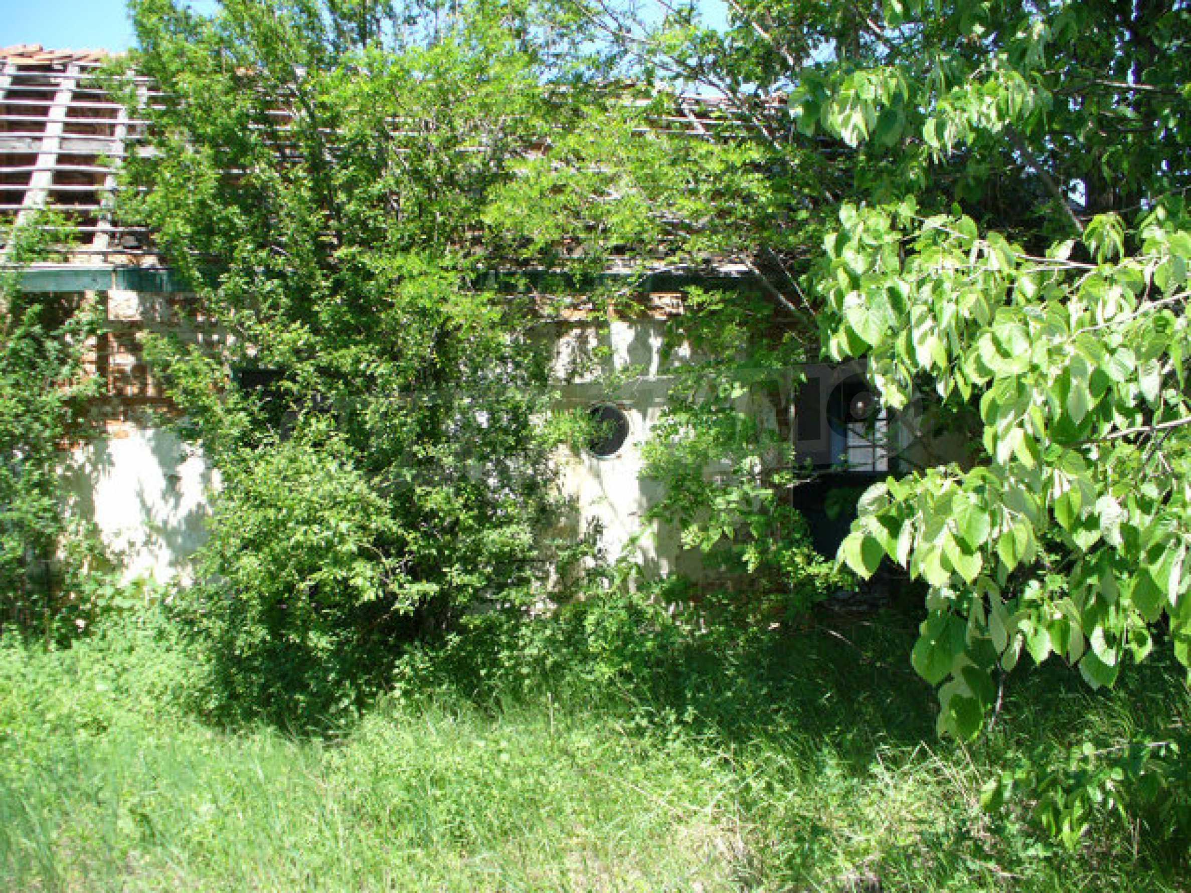 Дом в 50 км от города Видин 5