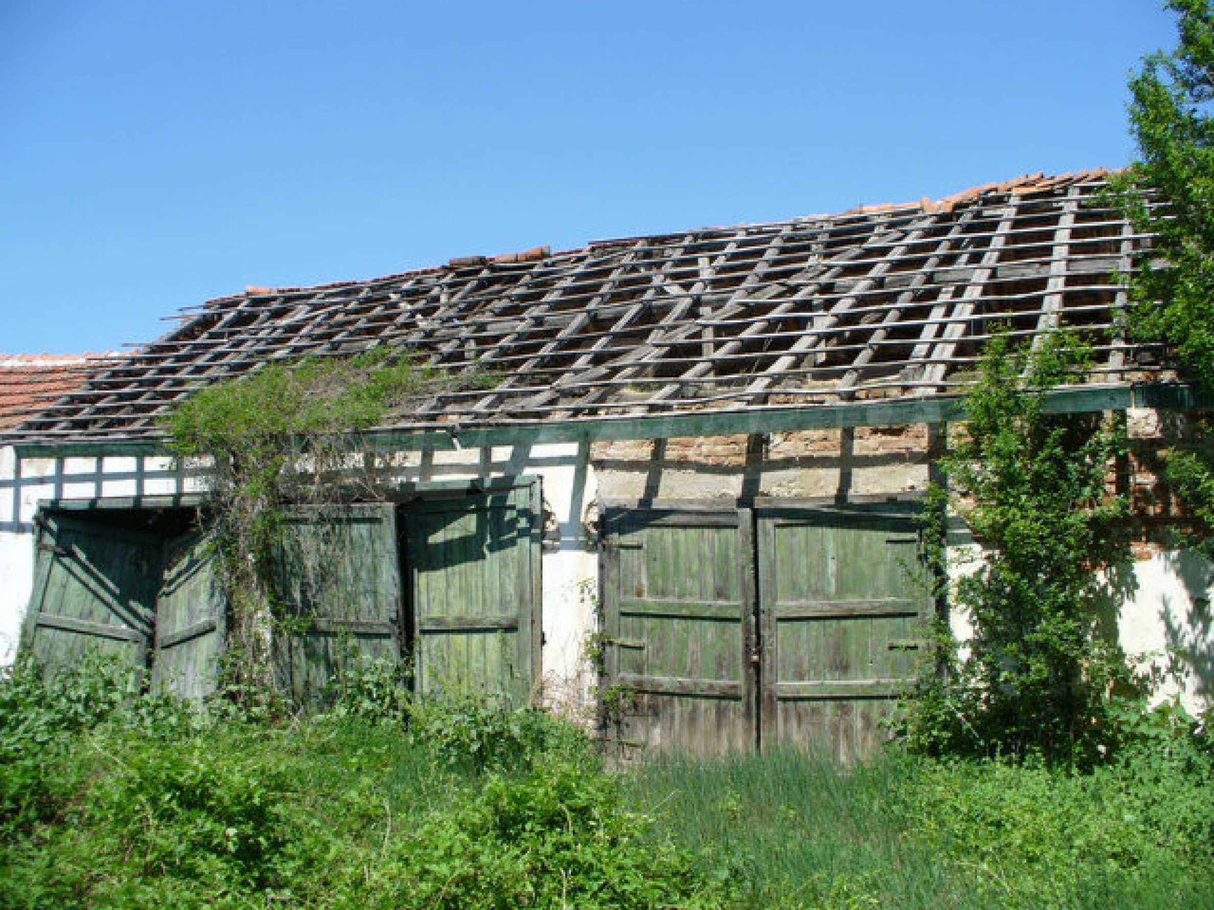 Дом в 50 км от города Видин 6