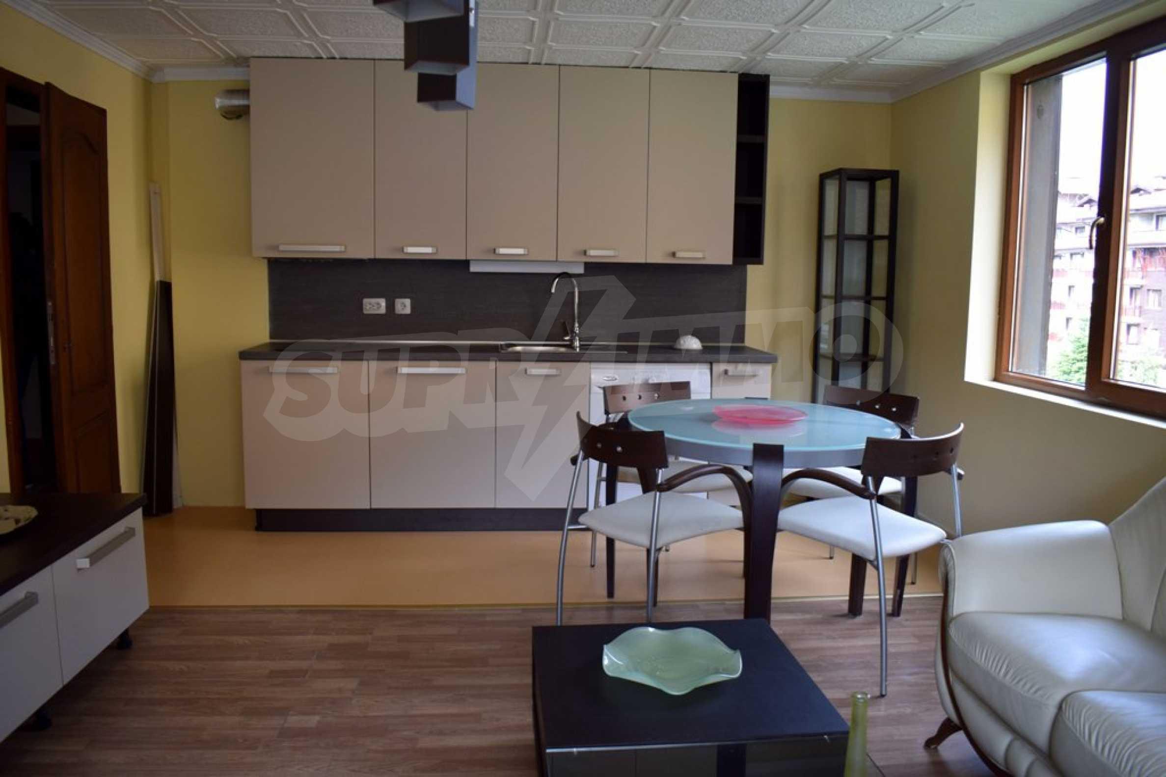 Двустаен, напъно обзаведен апартамент в Банско 4