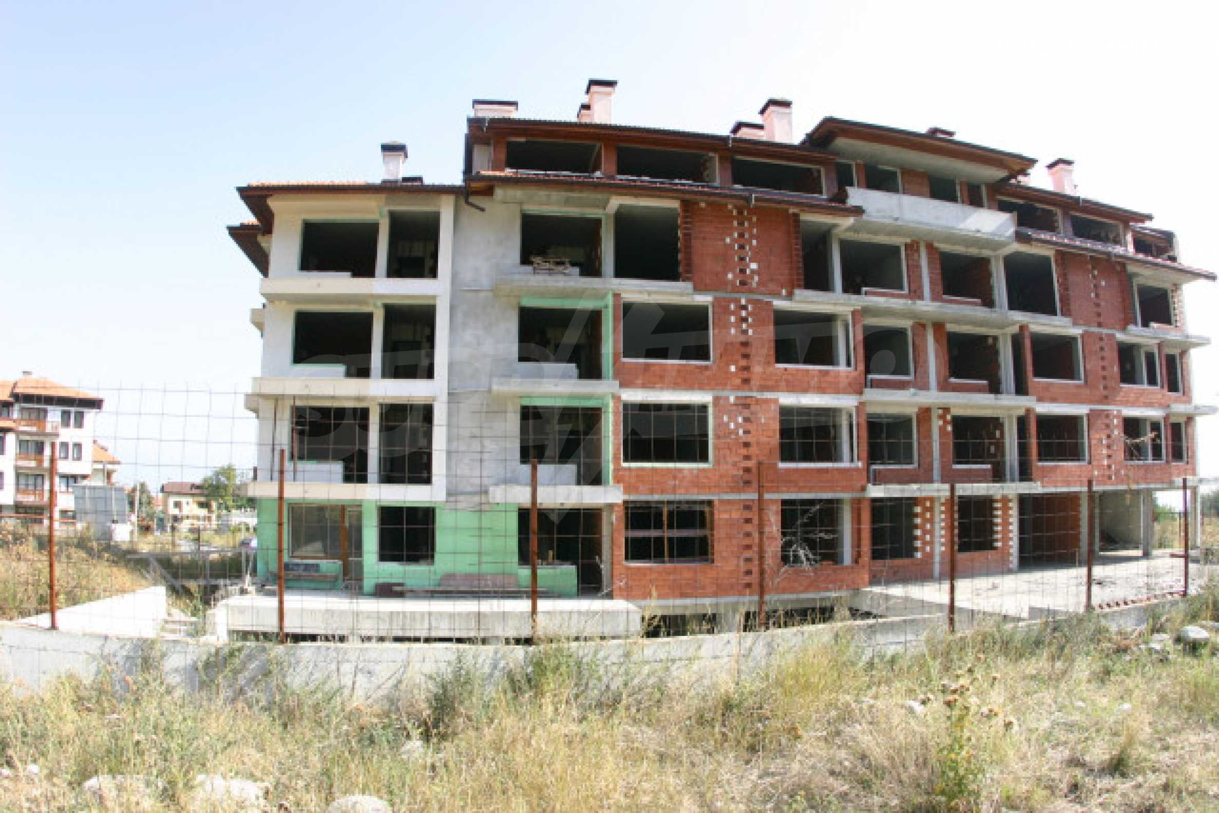 Сграда на фаза груб строеж 1