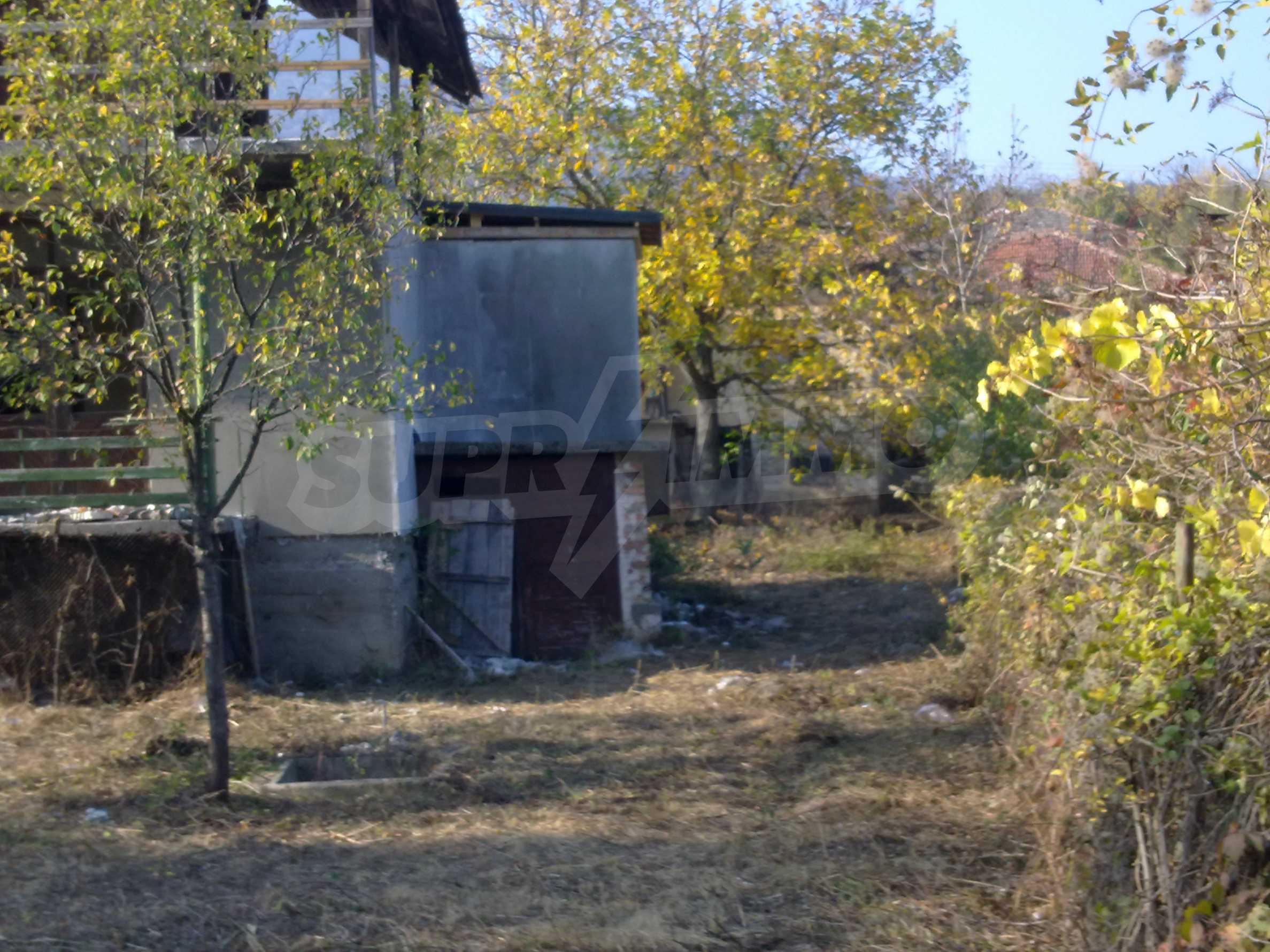 Zweistöckige Villa mit Garten 20 km von Belogradchik entfernt 2