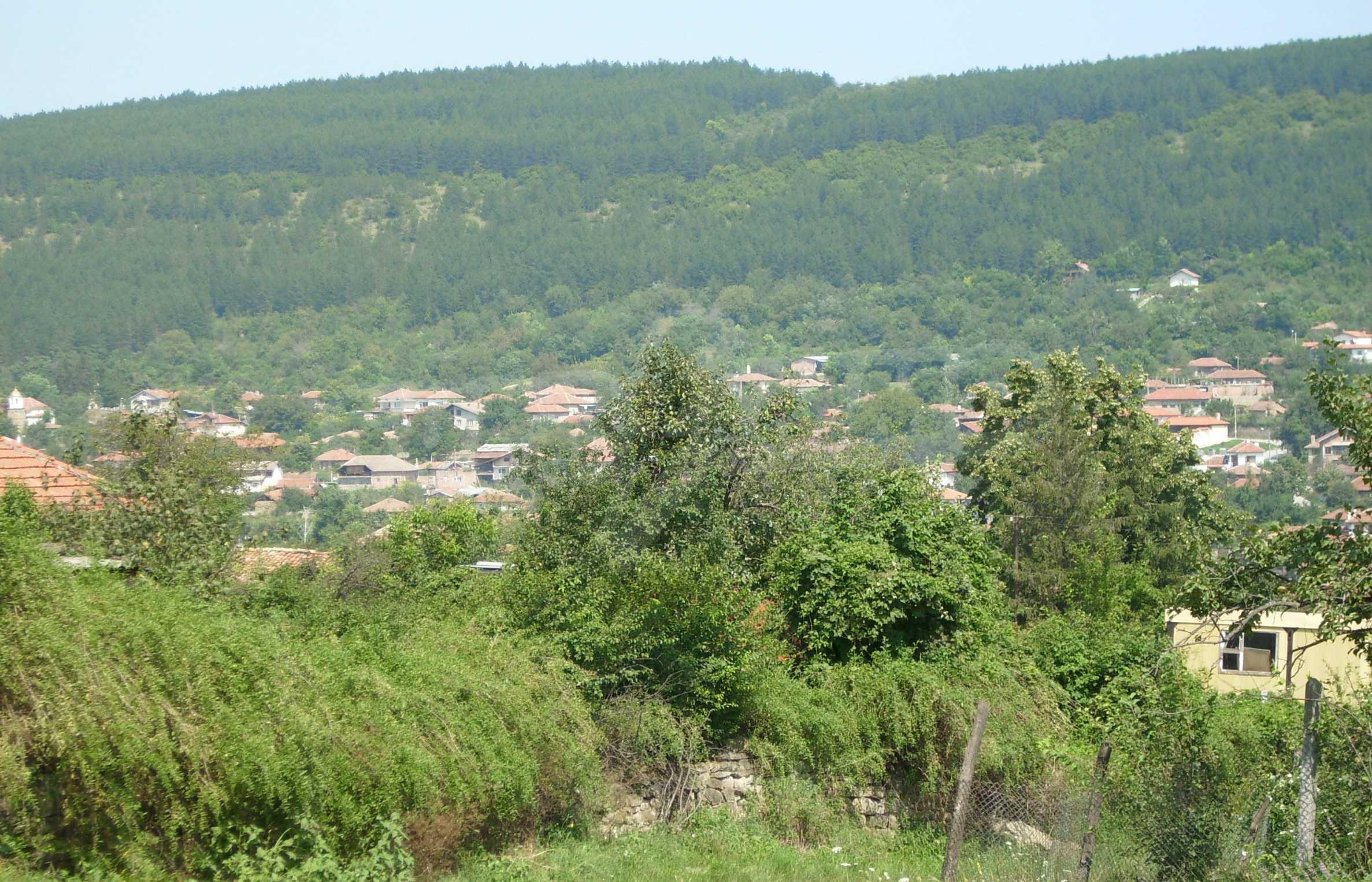 Grundstück, 3 km von Veliko Tarnovo entfernt, mit herrlichem Panorama 1