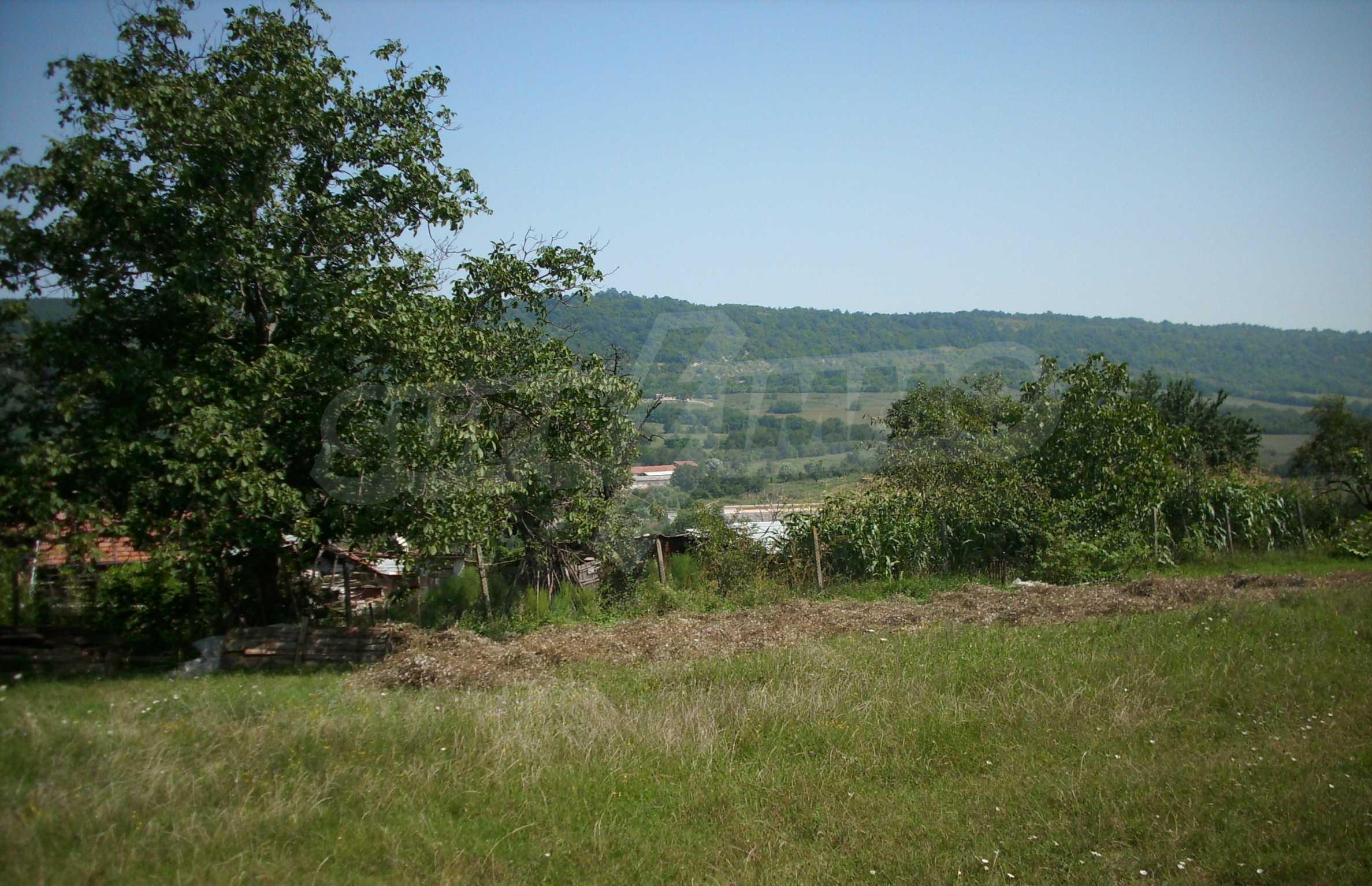 Grundstück, 3 km von Veliko Tarnovo entfernt, mit herrlichem Panorama 2